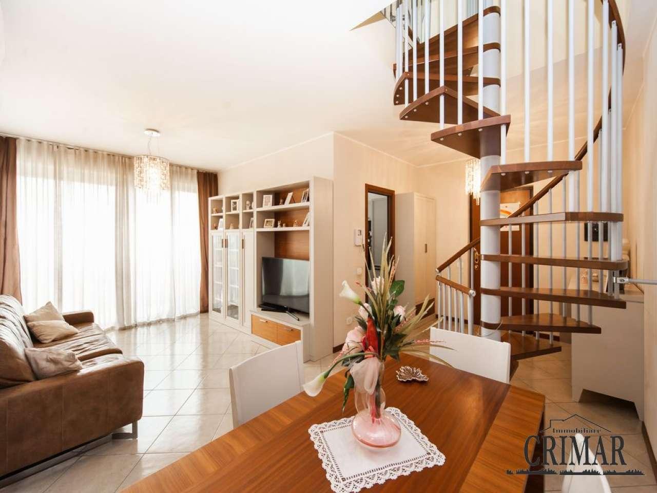 Appartamento in vendita a Muggiò, 4 locali, prezzo € 265.000 | PortaleAgenzieImmobiliari.it
