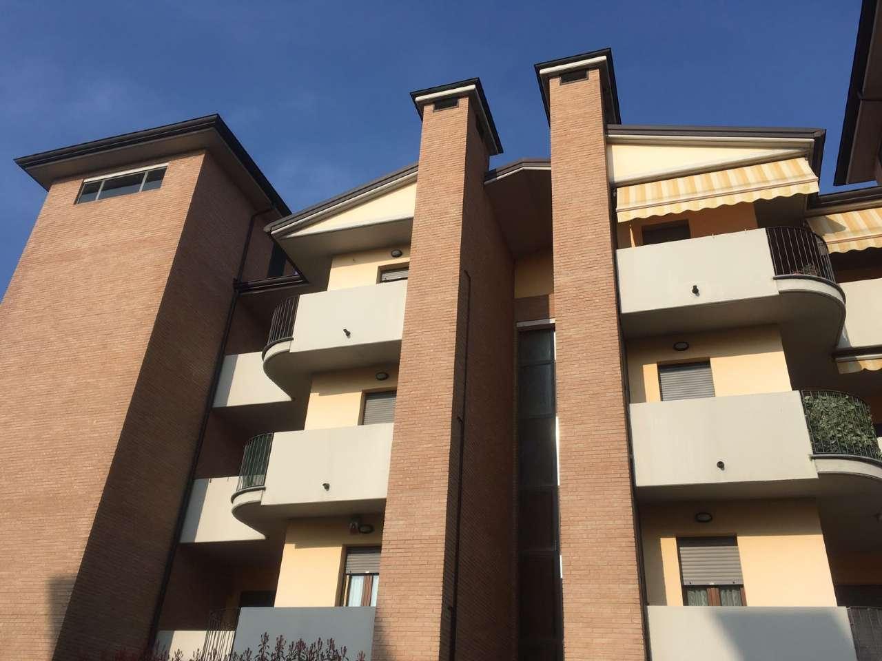 Appartamento in ottime condizioni arredato in vendita Rif. 5970808