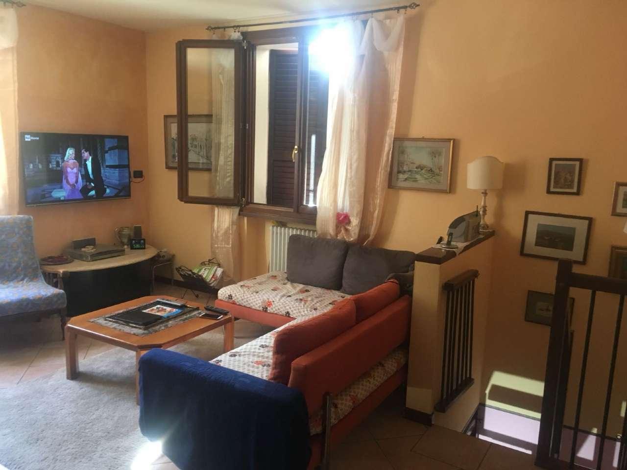 Appartamento in ottime condizioni in vendita Rif. 7591867