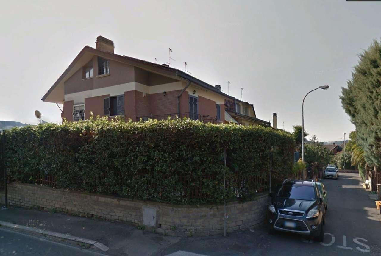 Villa in ottime condizioni in vendita Rif. 9393514