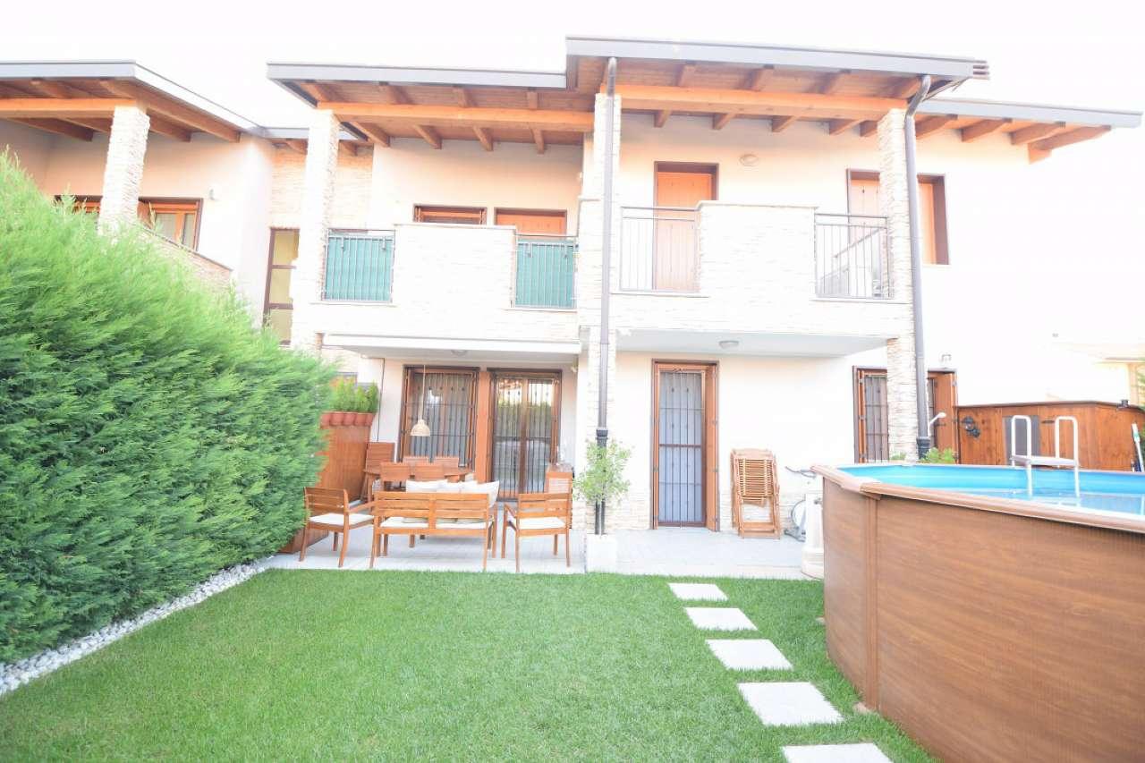 Appartamento in ottime condizioni in vendita Rif. 7810494