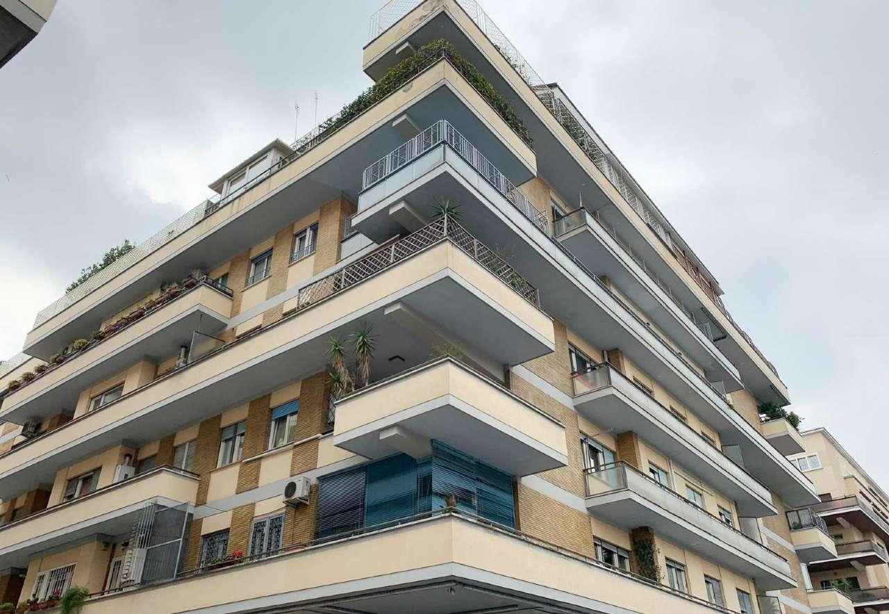 Appartamento in vendita a Roma, 3 locali, zona Zona: 26 . Gregorio VII - Baldo degli Ubaldi, prezzo € 329.000 | CambioCasa.it