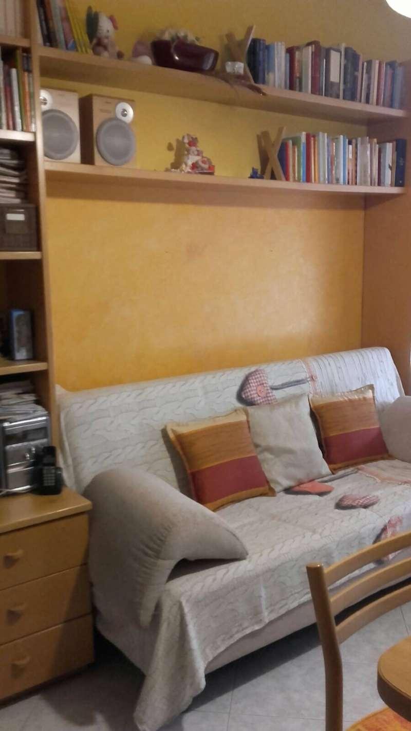 Appartamento in ottime condizioni arredato in affitto Rif. 6727404