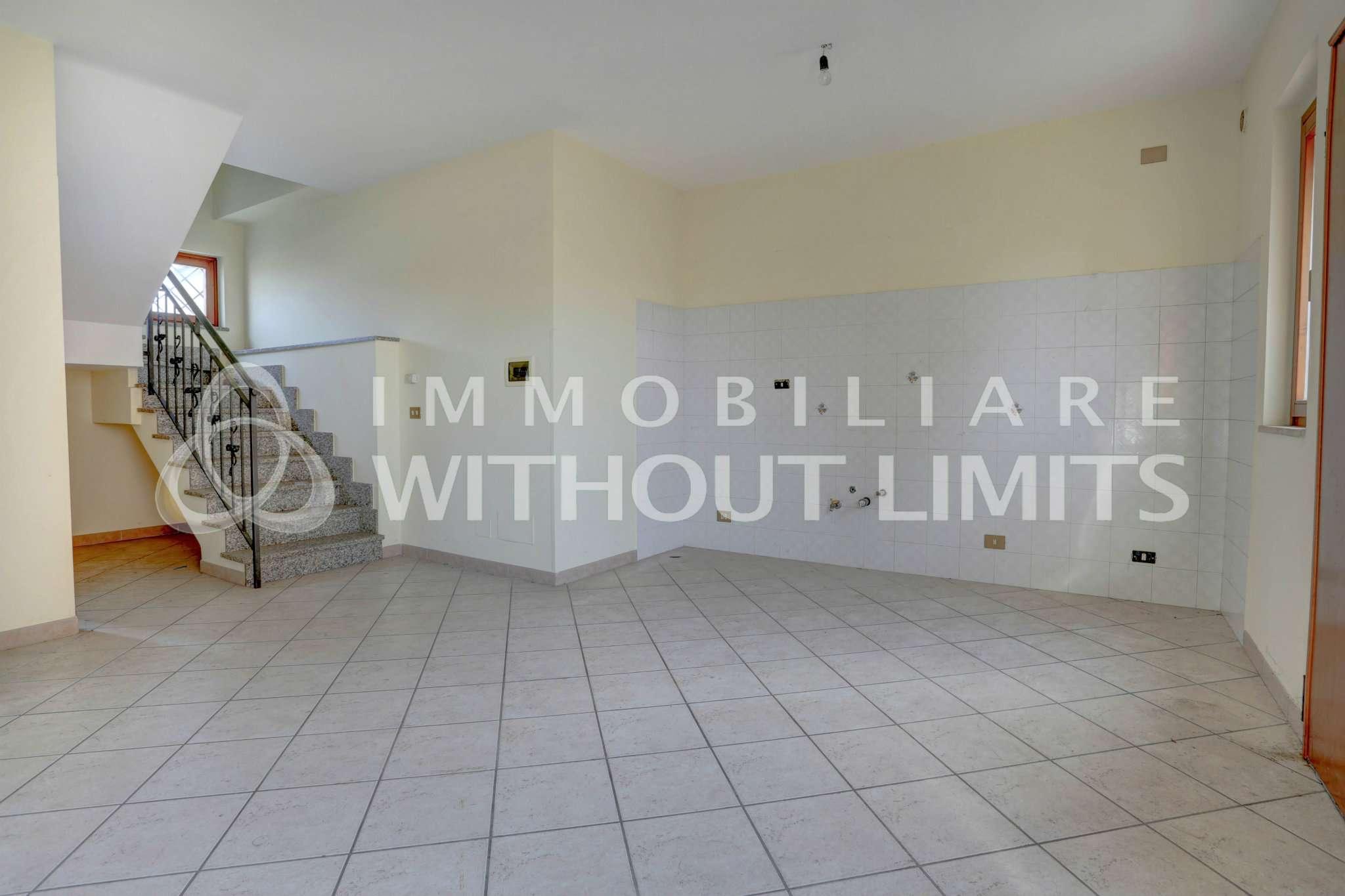 Appartamento in vendita a Ciampino, 4 locali, prezzo € 200.000 | PortaleAgenzieImmobiliari.it