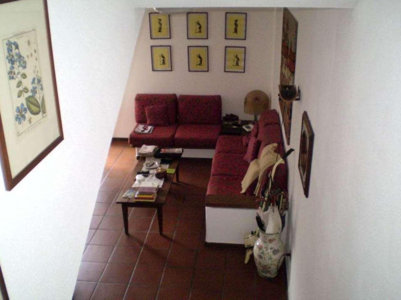 Appartamento in buone condizioni arredato in vendita Rif. 7324631