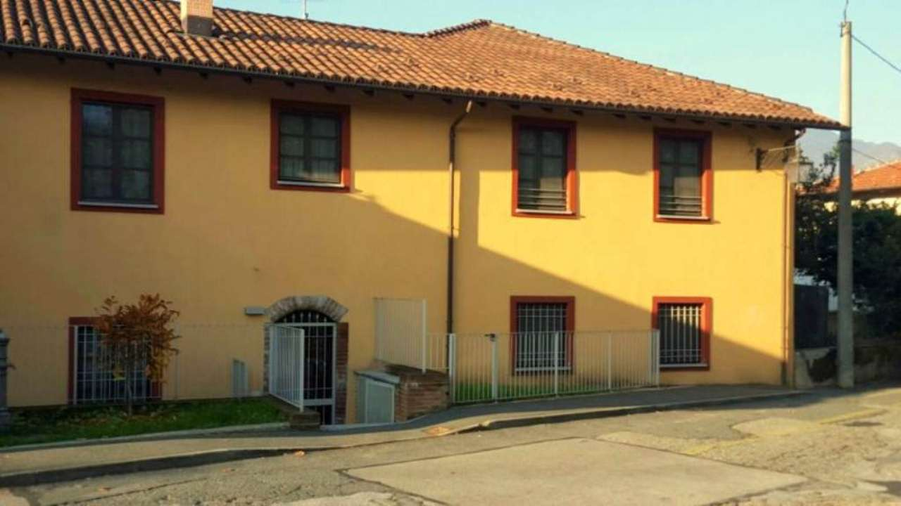 Appartamento in ottime condizioni in vendita Rif. 8593888