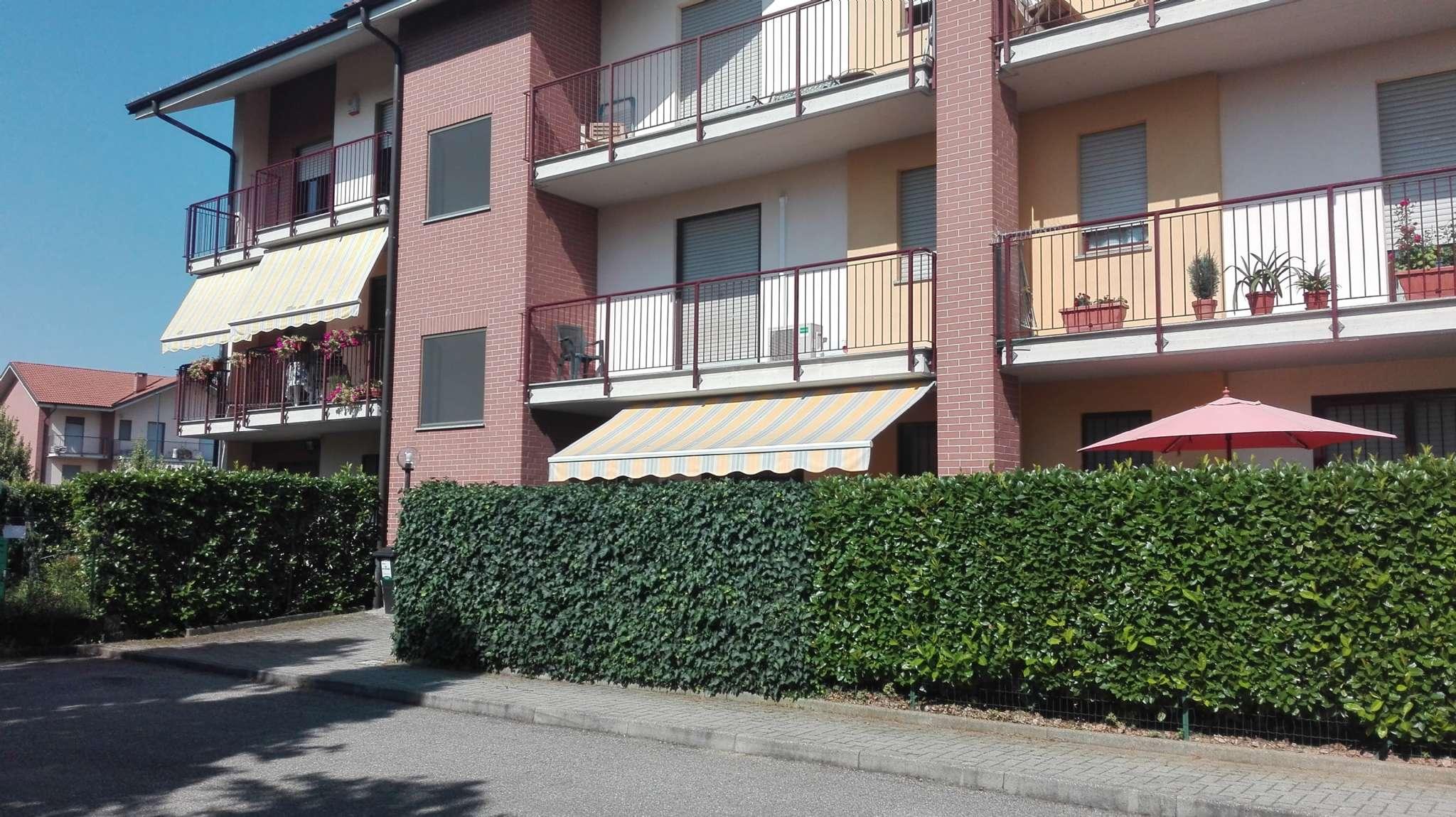 Appartamento in ottime condizioni in vendita Rif. 8924507