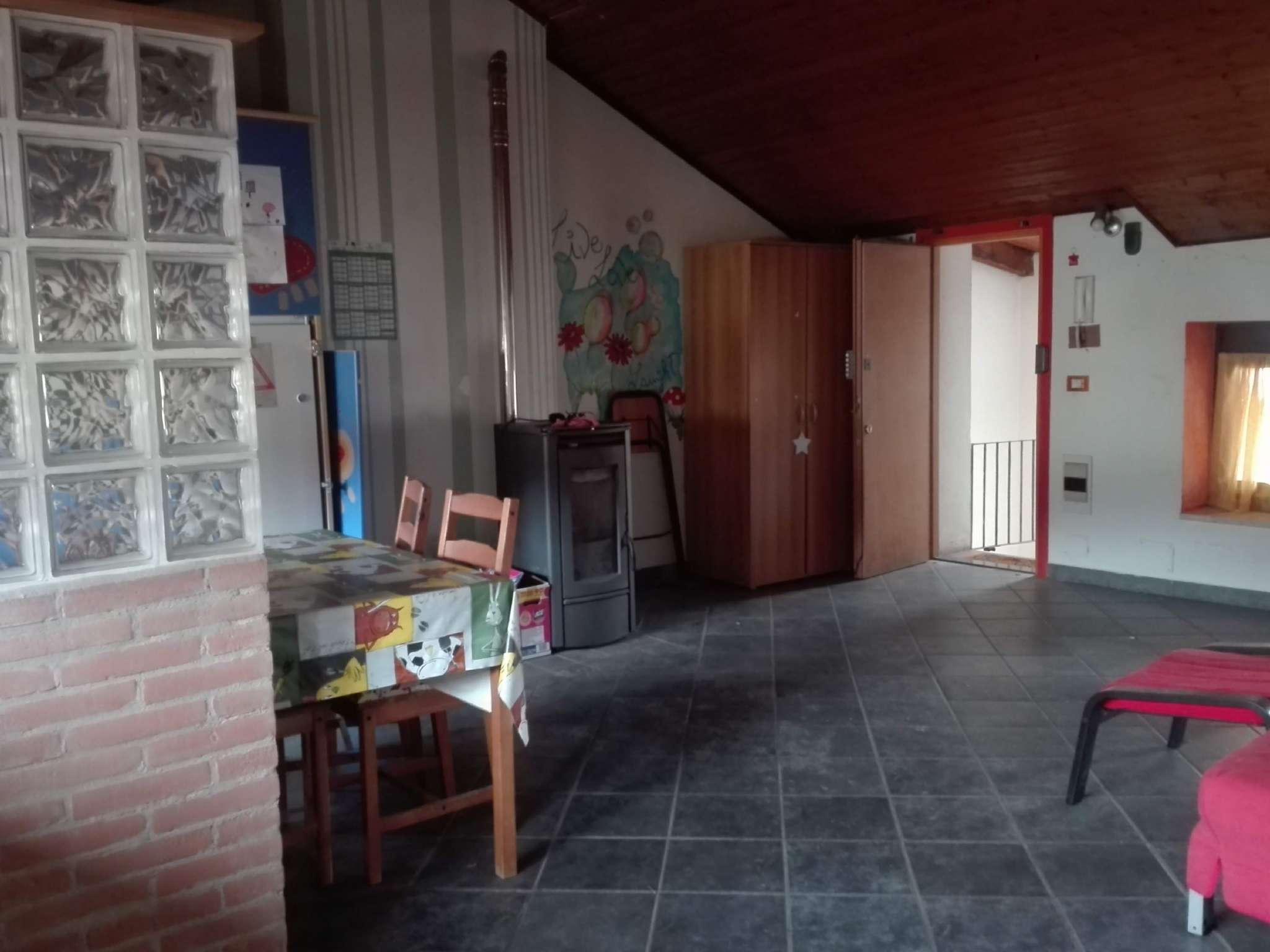 Chieri - appartamento arredato, in affitto