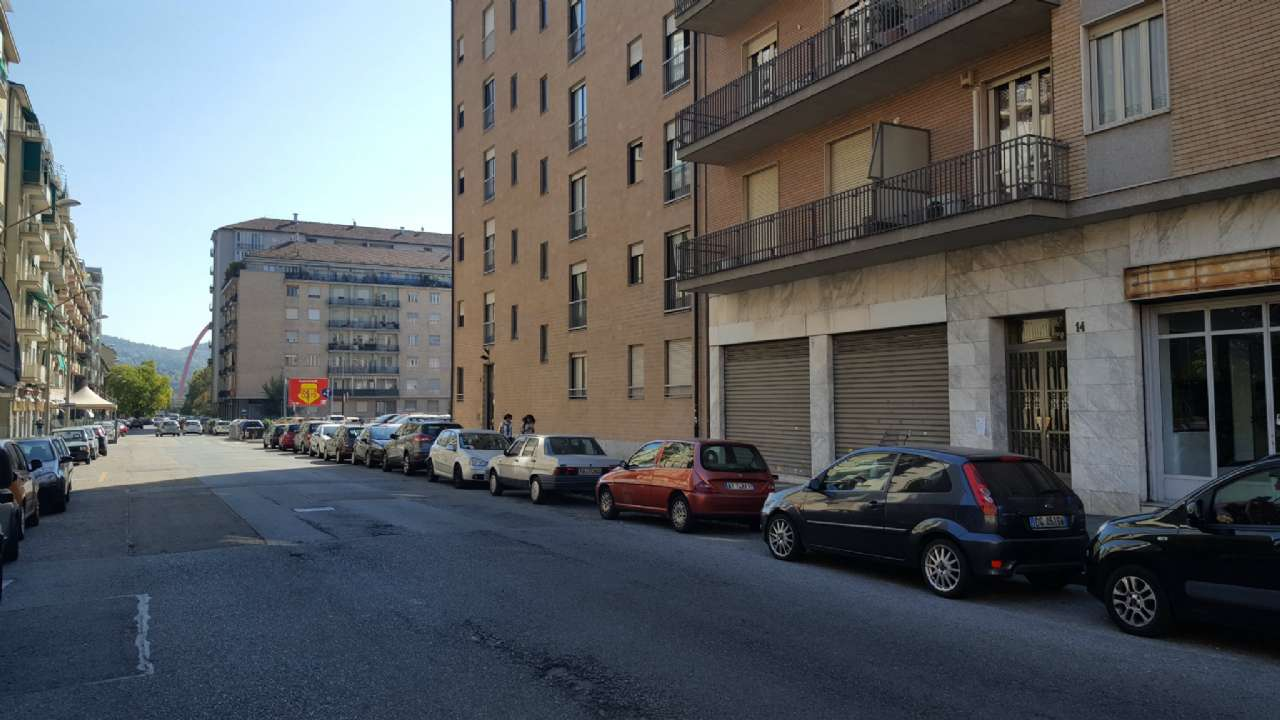 Negozio in vendita Zona Lingotto - via Rosario di Santa Fe' 14 Torino