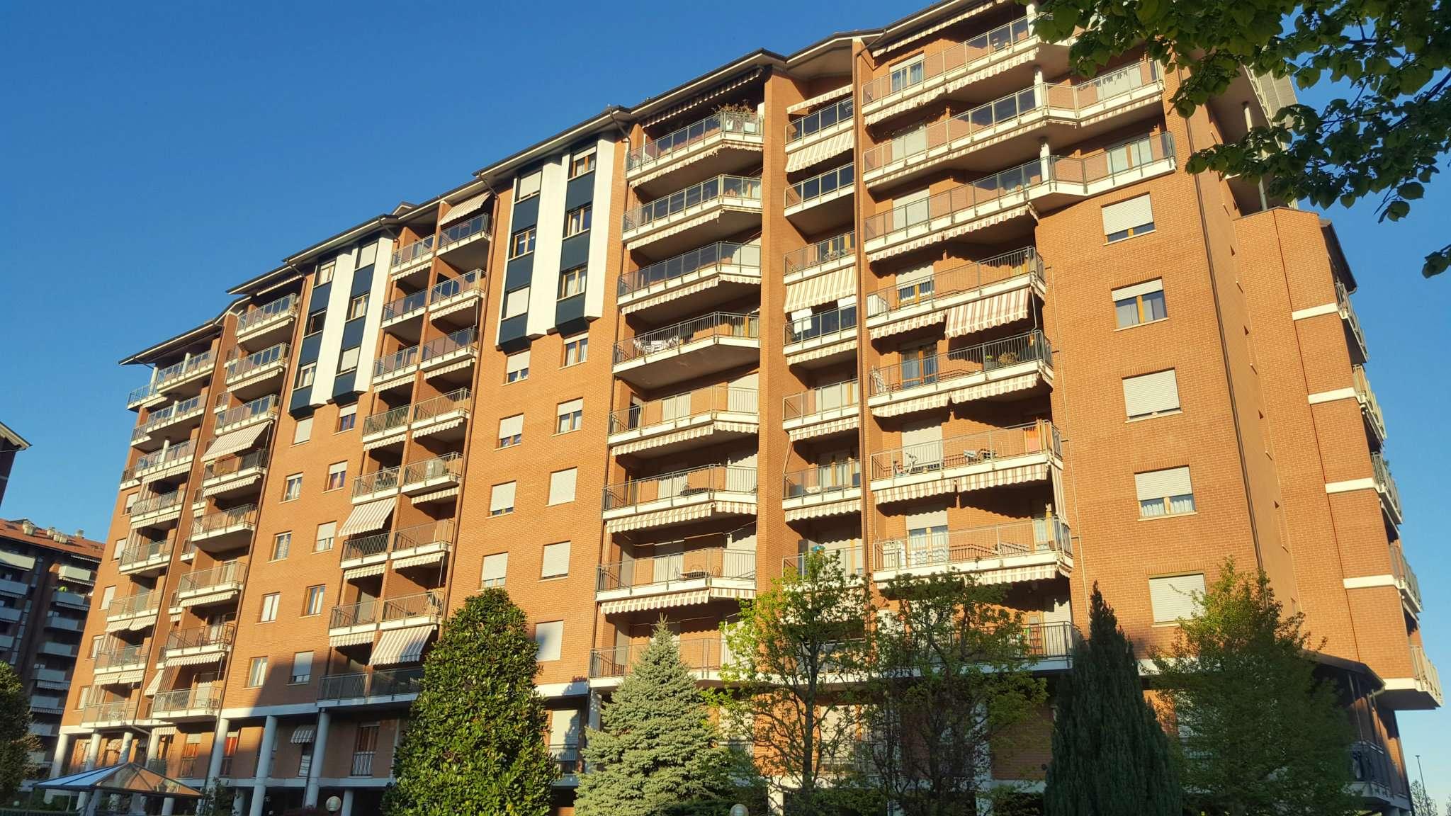 Appartamento in vendita via Fratelli Macario  61 Rivoli