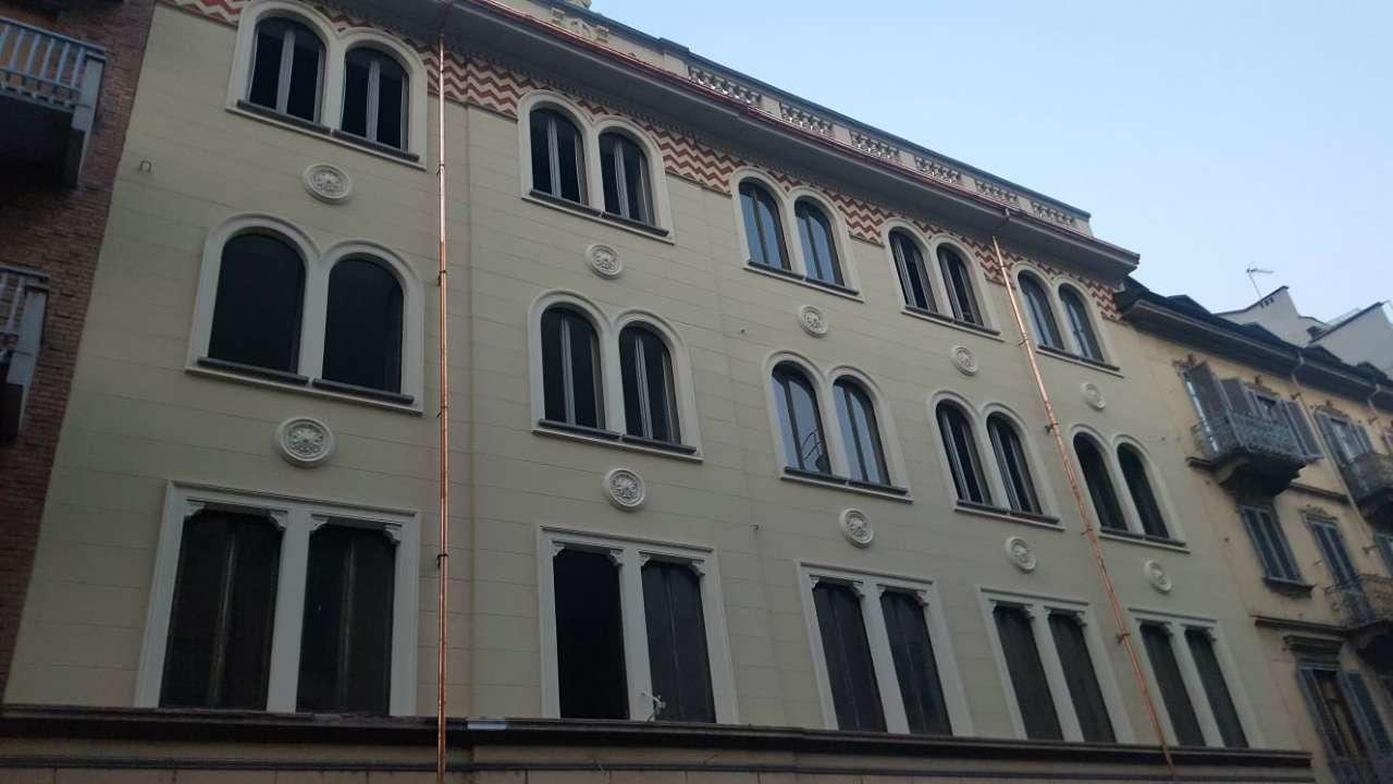 Appartamento in affitto Zona San Salvario - Via Cesare Lombroso  13 Torino