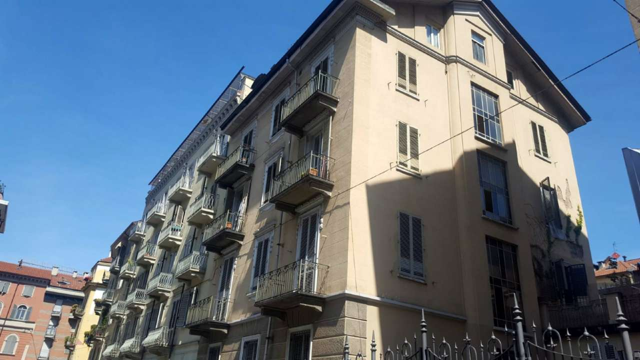 Appartamento in vendita Zona Cit Turin, San Donato, Campidoglio - via Giacinto Avet  4 Torino
