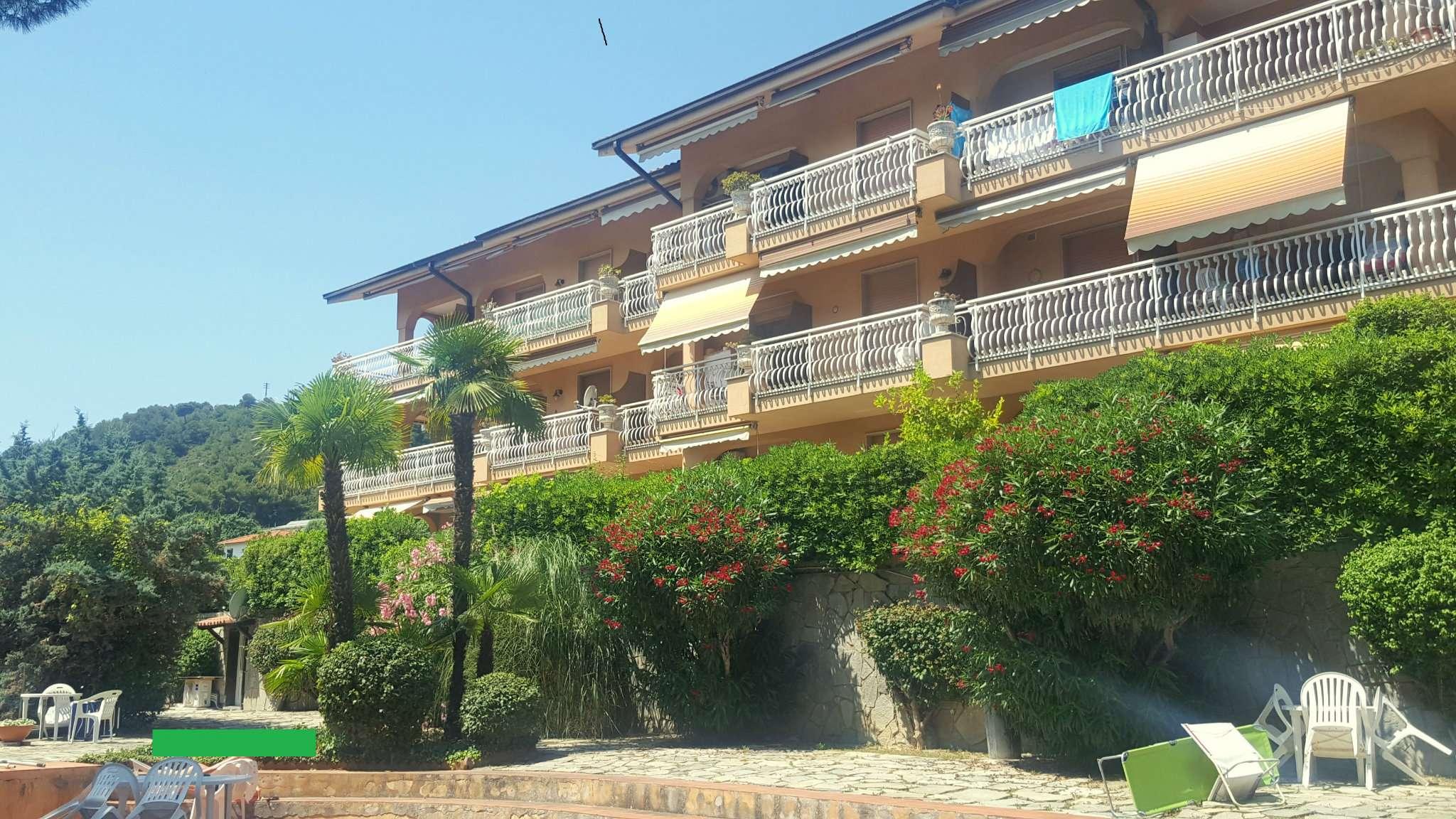 Appartamento in vendita via Defisiu 9 Bordighera