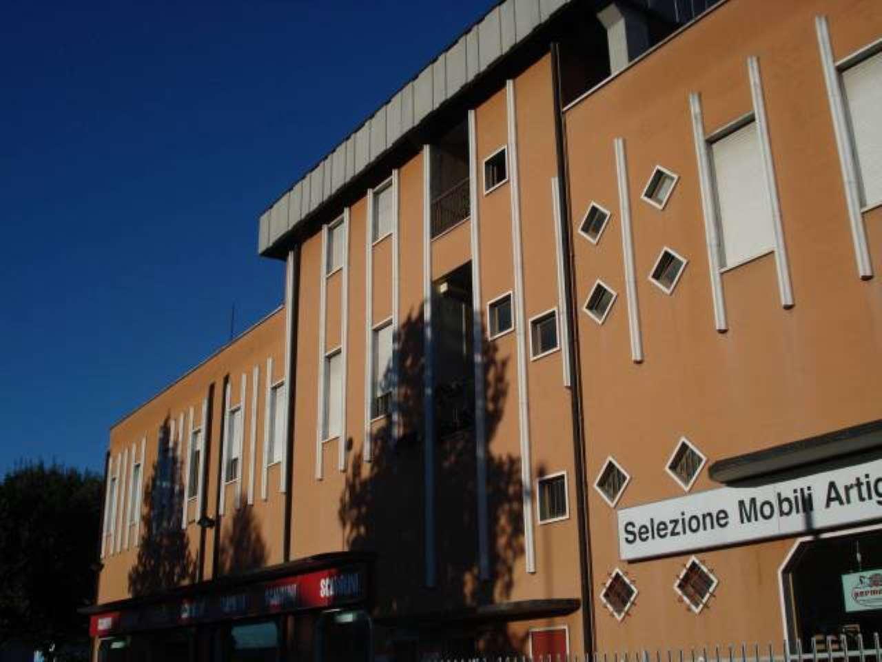 Immobile Commerciale in vendita a Cernusco sul Naviglio, 1 locali, Trattative riservate | PortaleAgenzieImmobiliari.it