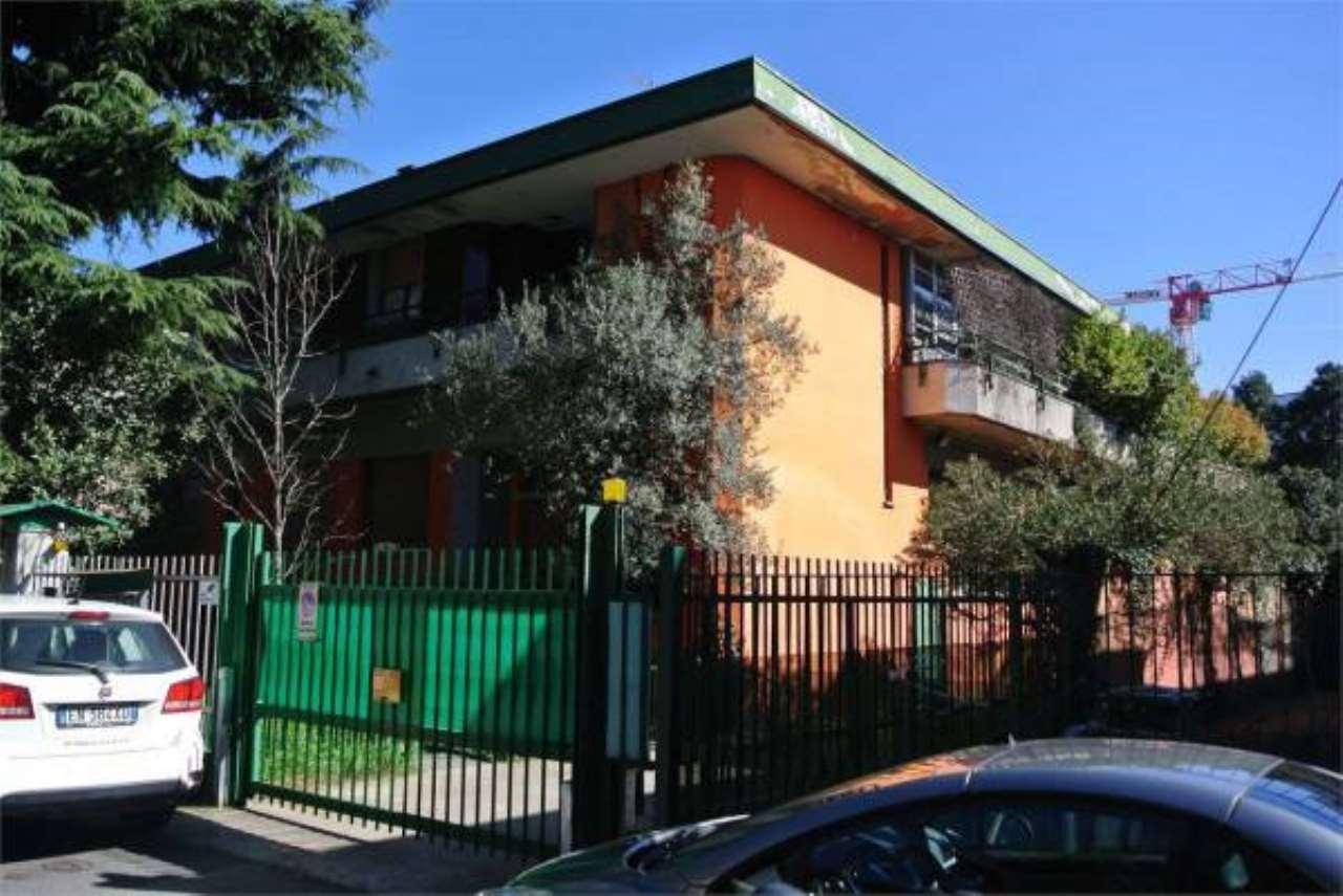 Capannone in vendita a Cernusco sul Naviglio, 1 locali, prezzo € 650.000 | PortaleAgenzieImmobiliari.it