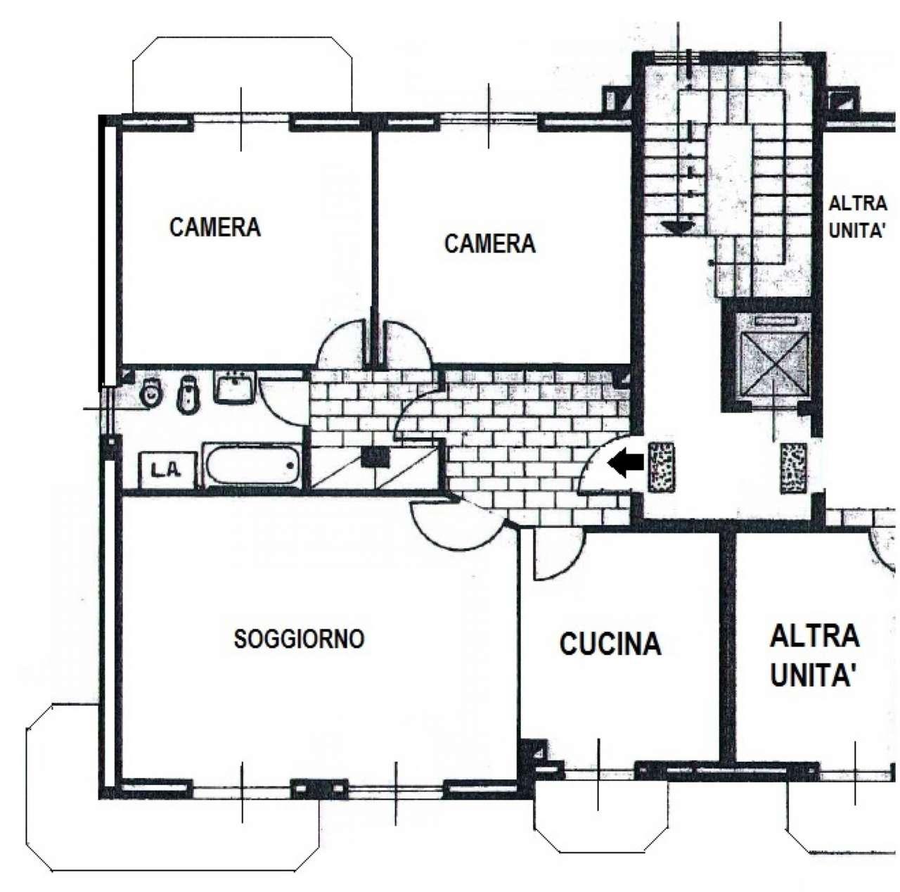 Appartamento in buone condizioni in affitto Rif. 9195111
