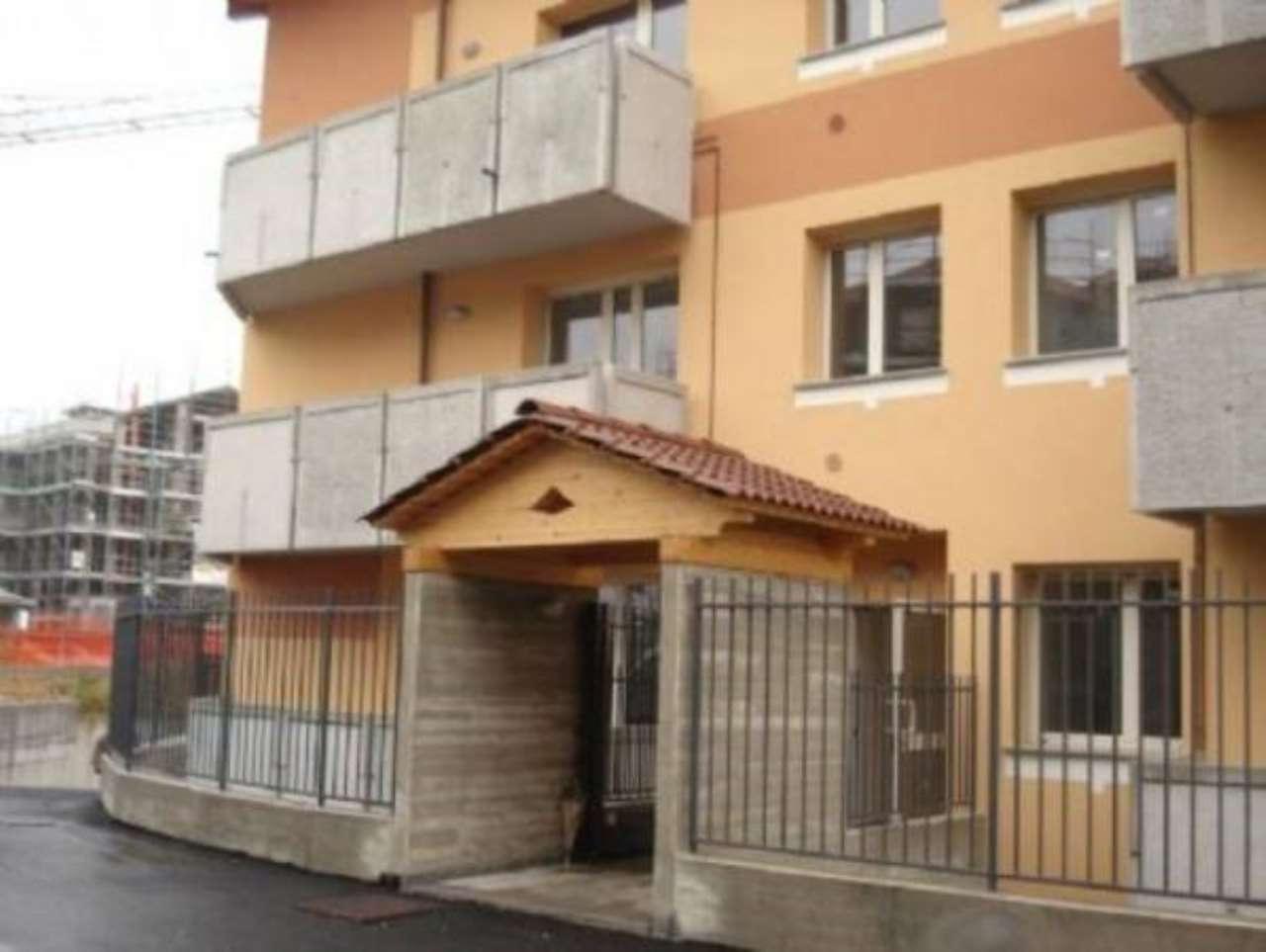Appartamento in ottime condizioni in affitto Rif. 9125045