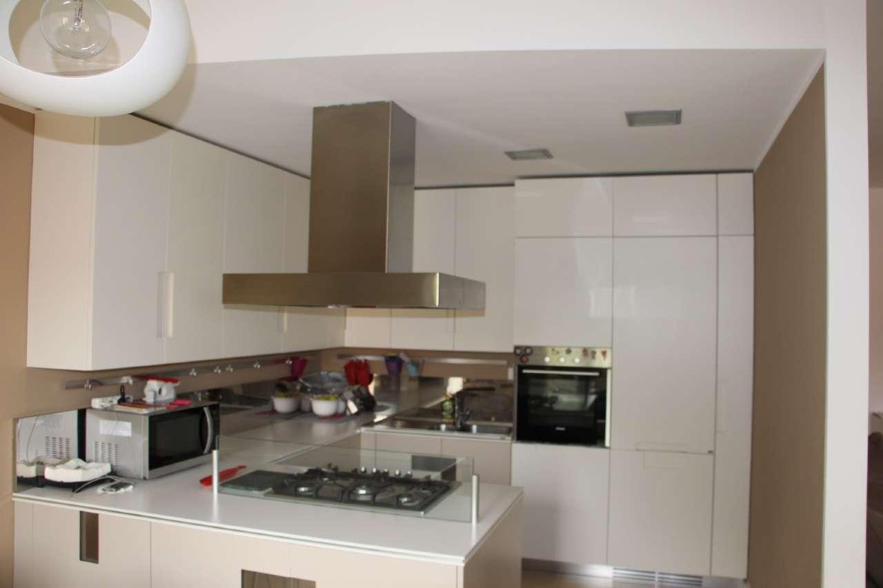 Appartamento in affitto a Cernusco sul Naviglio, 4 locali, prezzo € 1.650 | PortaleAgenzieImmobiliari.it