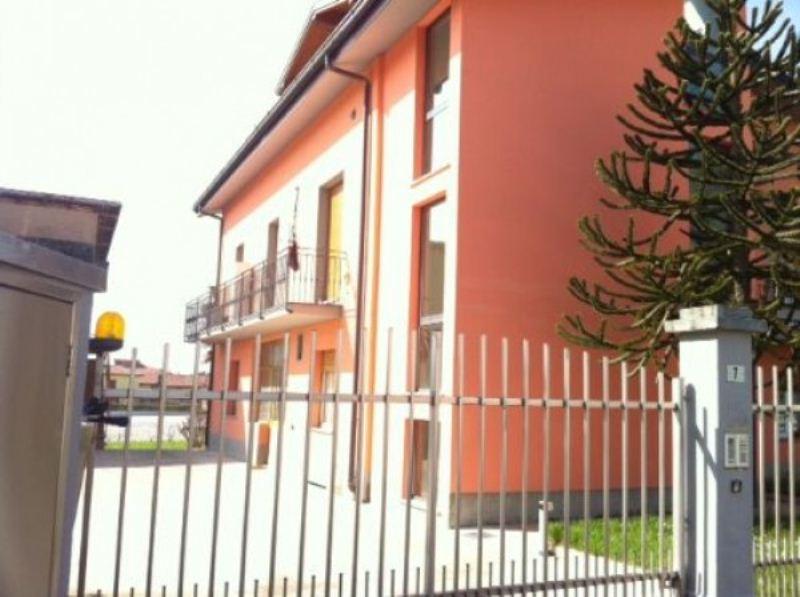 Appartamento in buone condizioni in vendita Rif. 4946391