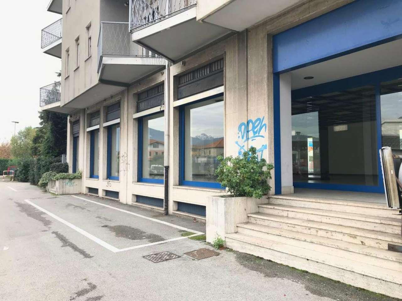 Negozio / Locale in affitto a Erba, 3 locali, prezzo € 5.000 | CambioCasa.it