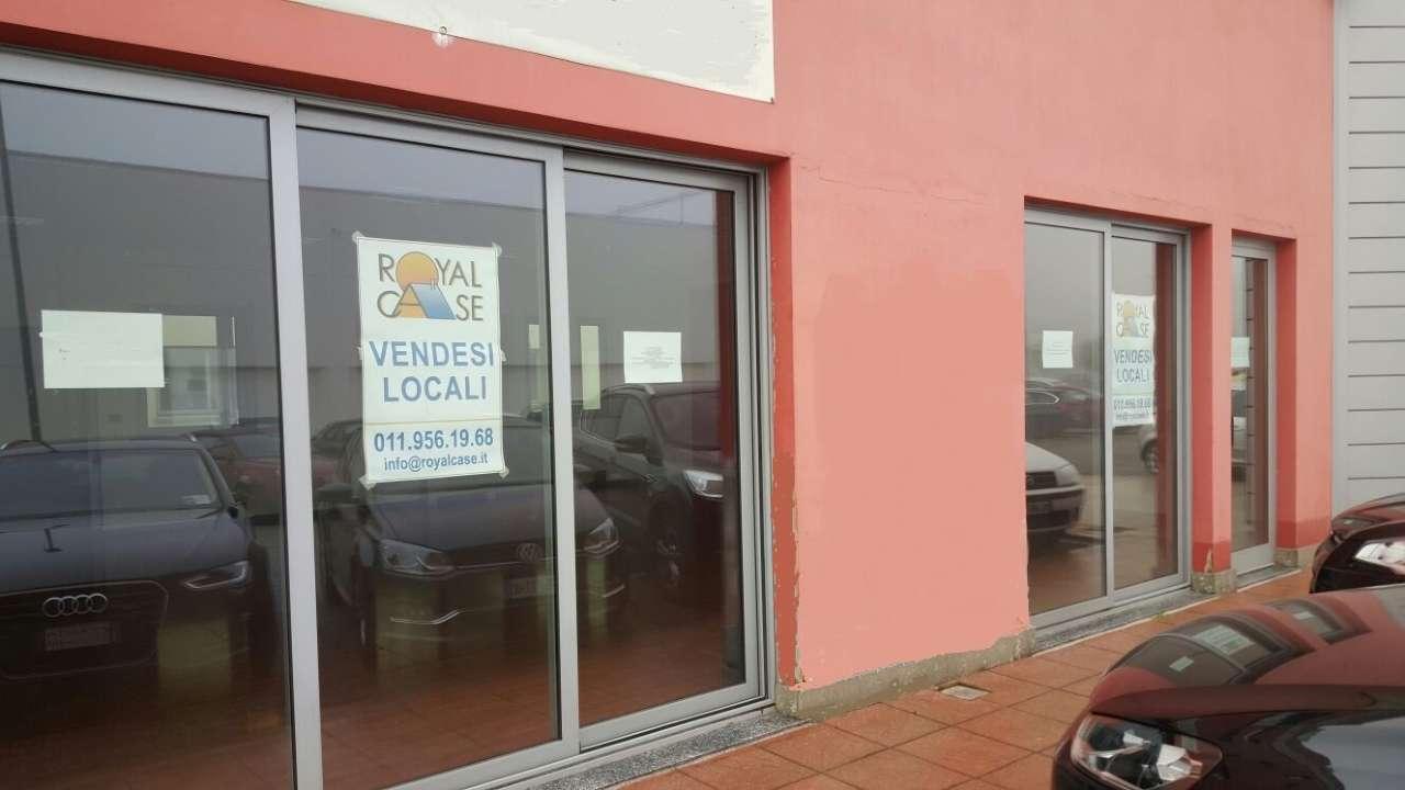 Negozio / Locale in vendita a Pianezza, 1 locali, prezzo € 192.000 | CambioCasa.it