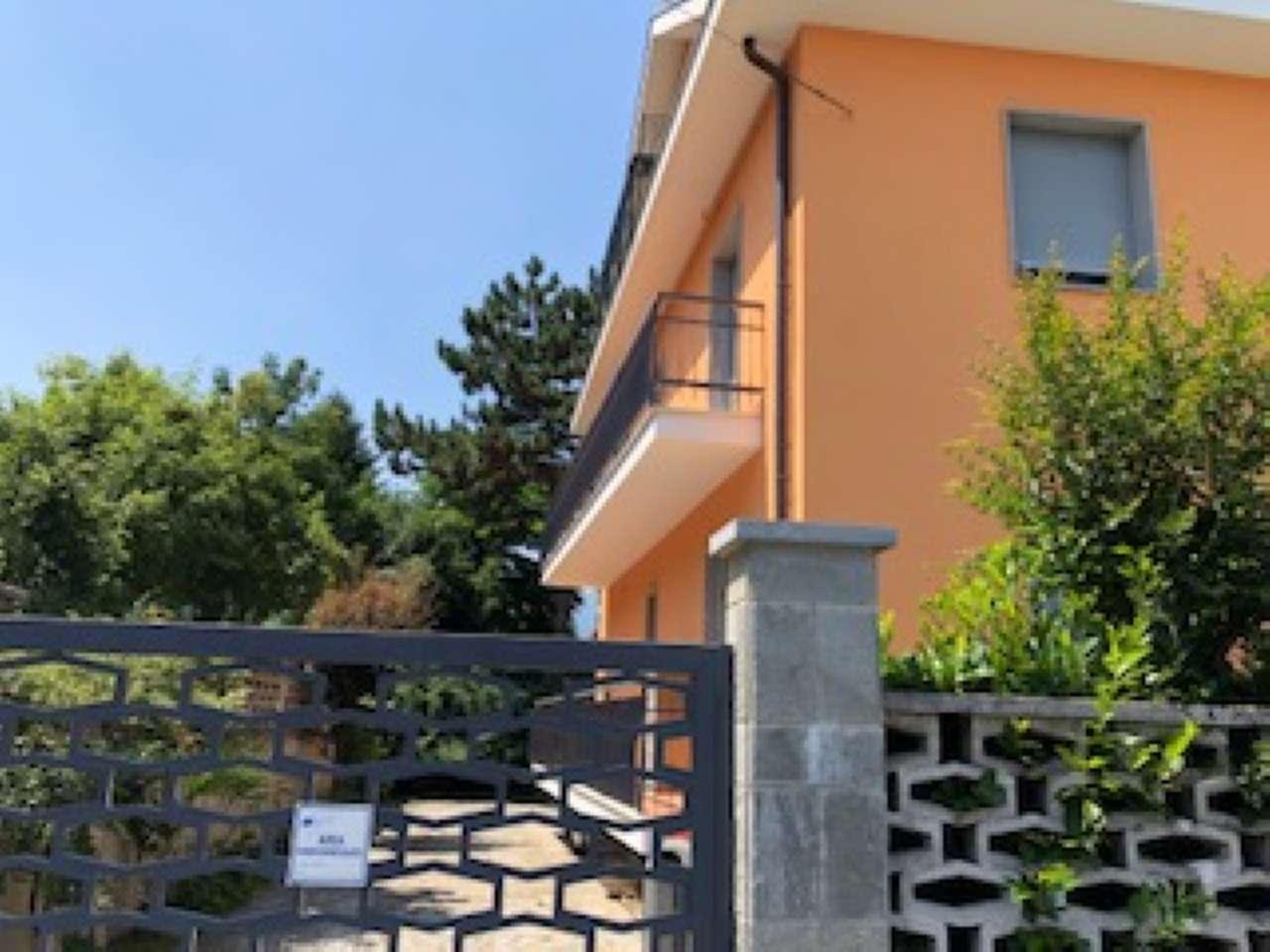 Appartamento in affitto a Rivoli, 4 locali, prezzo € 600   CambioCasa.it