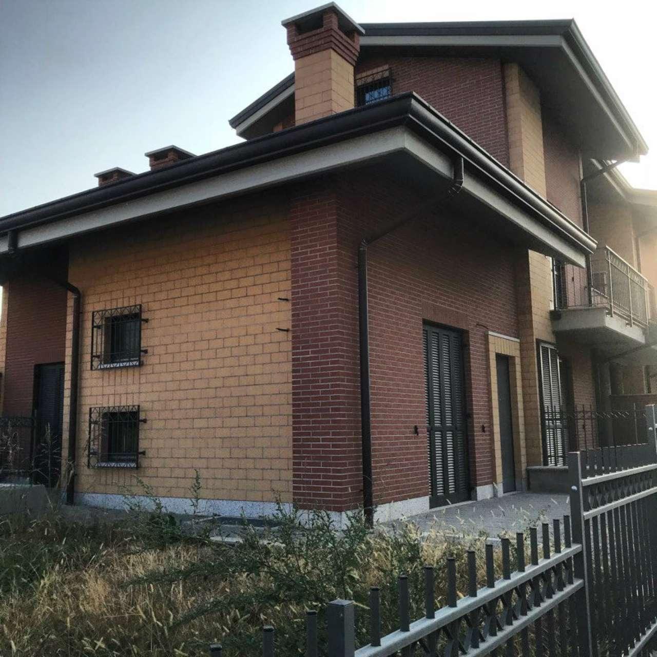 Appartamento in vendita a Sant'Ambrogio di Torino, 5 locali, prezzo € 185.000 | CambioCasa.it