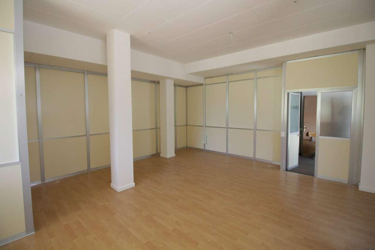 Ufficio / Studio in vendita a Cassina de' Pecchi, 9999 locali, prezzo € 150.000   PortaleAgenzieImmobiliari.it