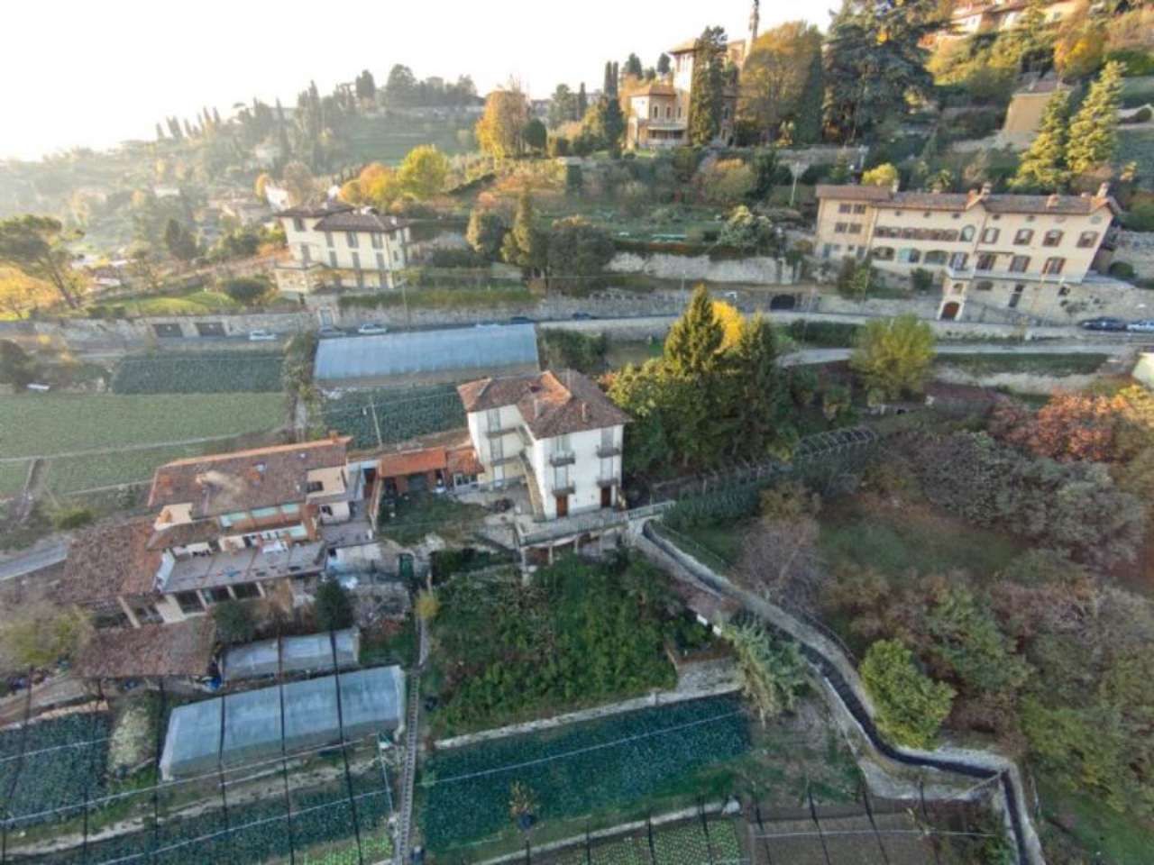 Villa in vendita a Bergamo, 12 locali, Trattative riservate | CambioCasa.it