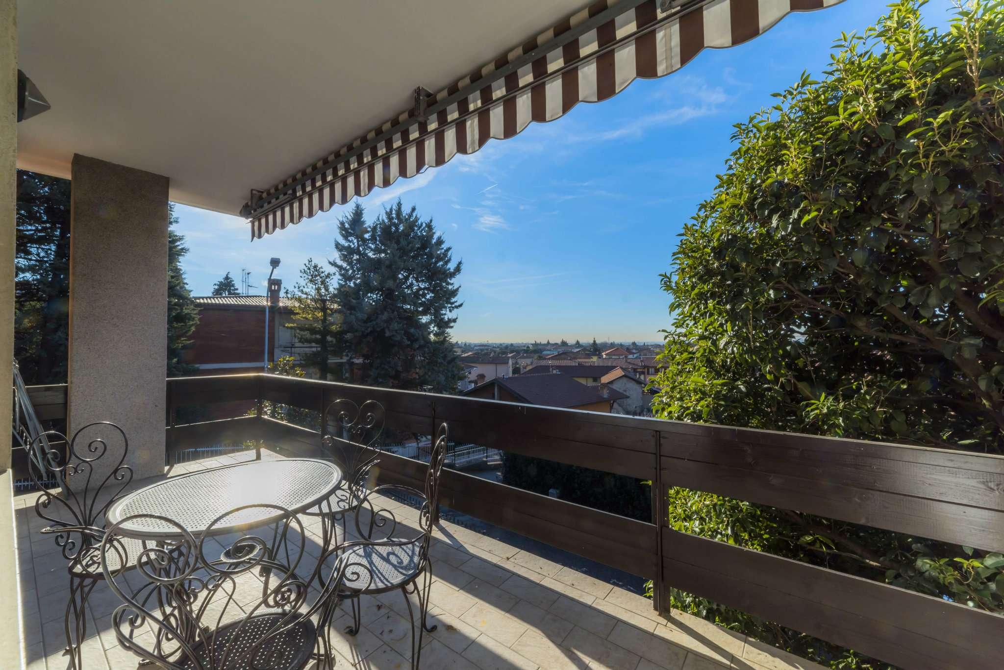 Villa in vendita a Mozzo, 6 locali, prezzo € 475.000 | CambioCasa.it