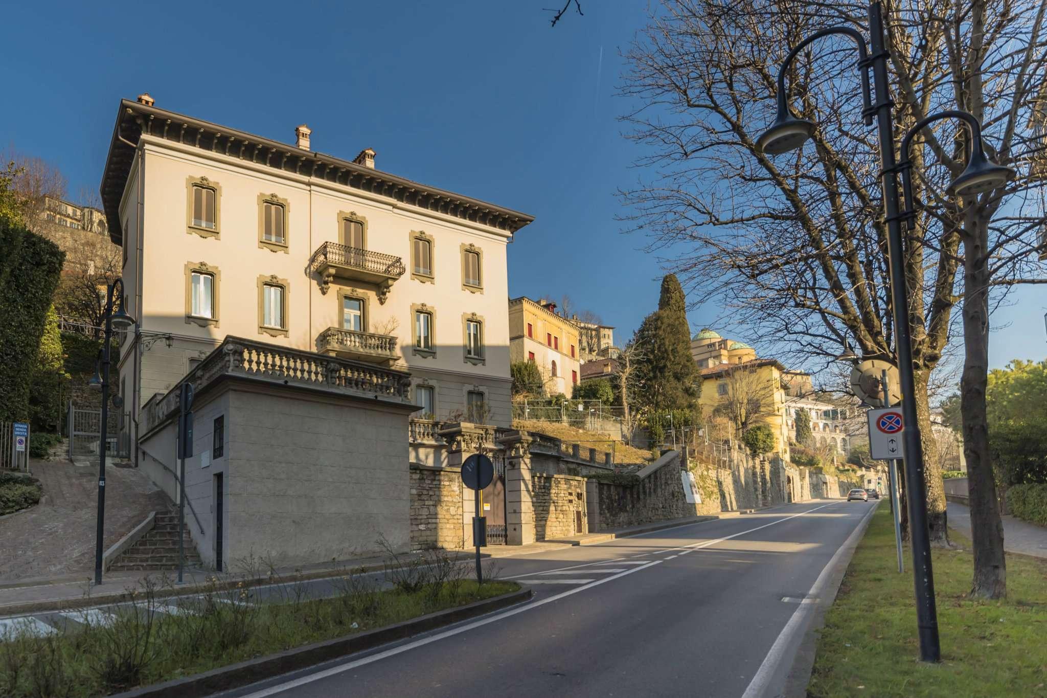 Appartamento in vendita bergamo viale vittorio emanuele for Appartamenti bergamo