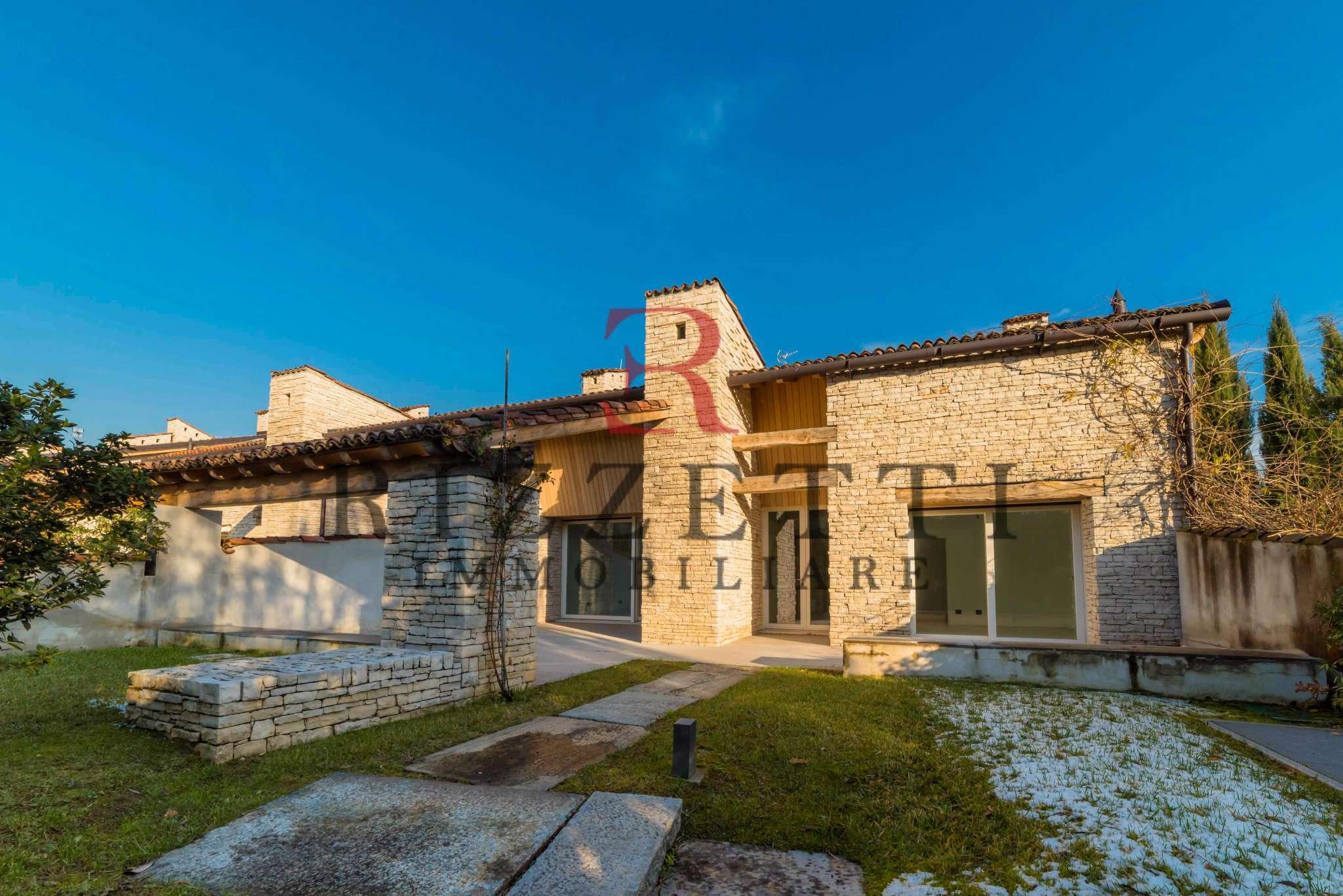 Villa in vendita a Bergamo, 7 locali, prezzo € 1.200.000 | CambioCasa.it