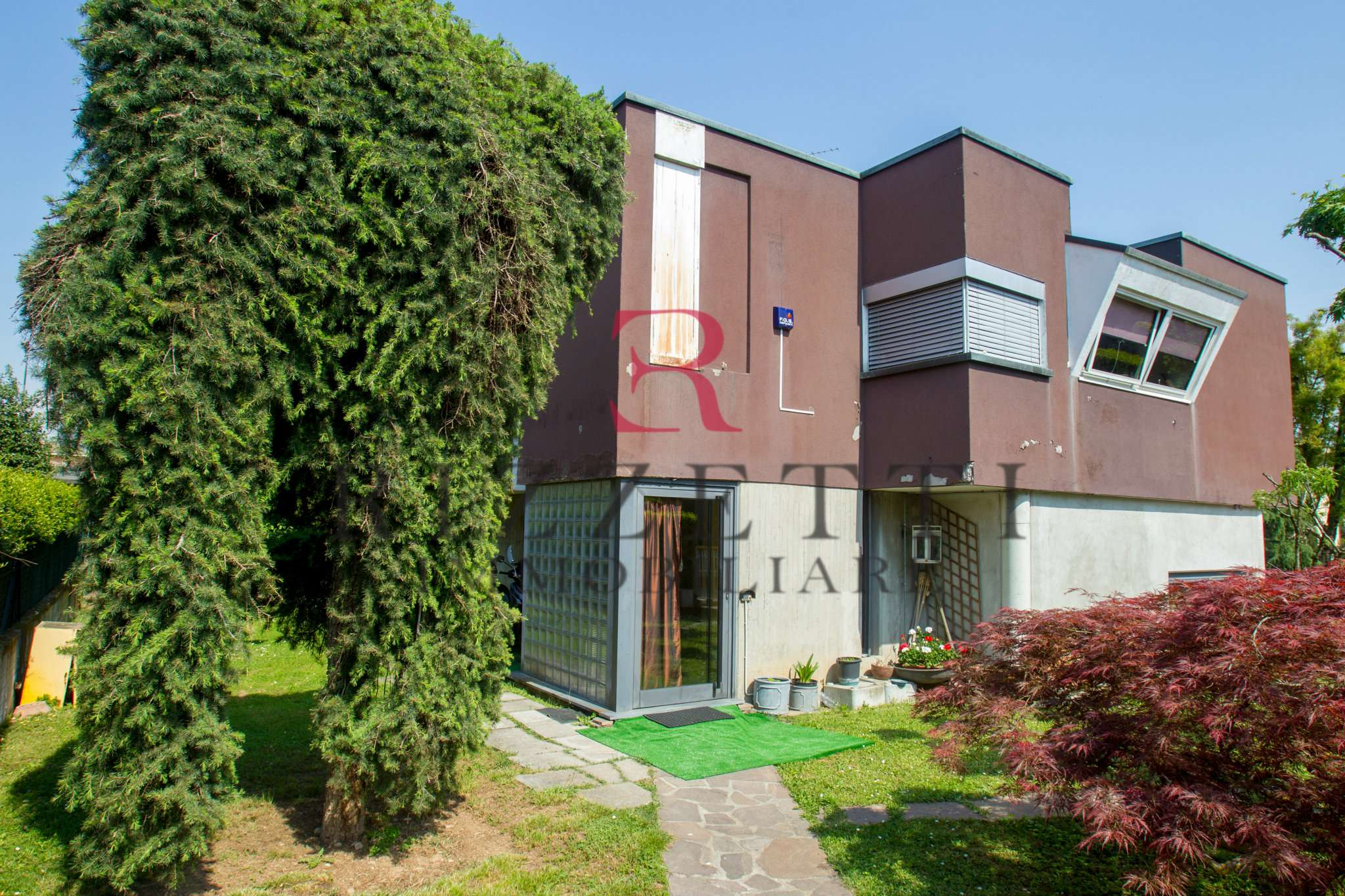 Villa in Vendita a Stezzano