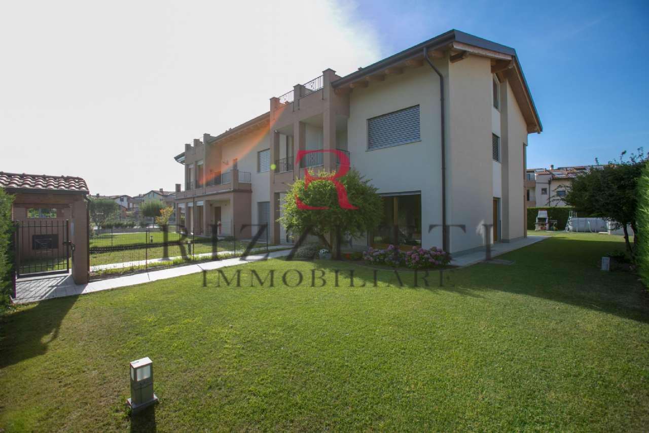 Villa a Schiera in vendita a Treviolo, 5 locali, prezzo € 450.000 | CambioCasa.it