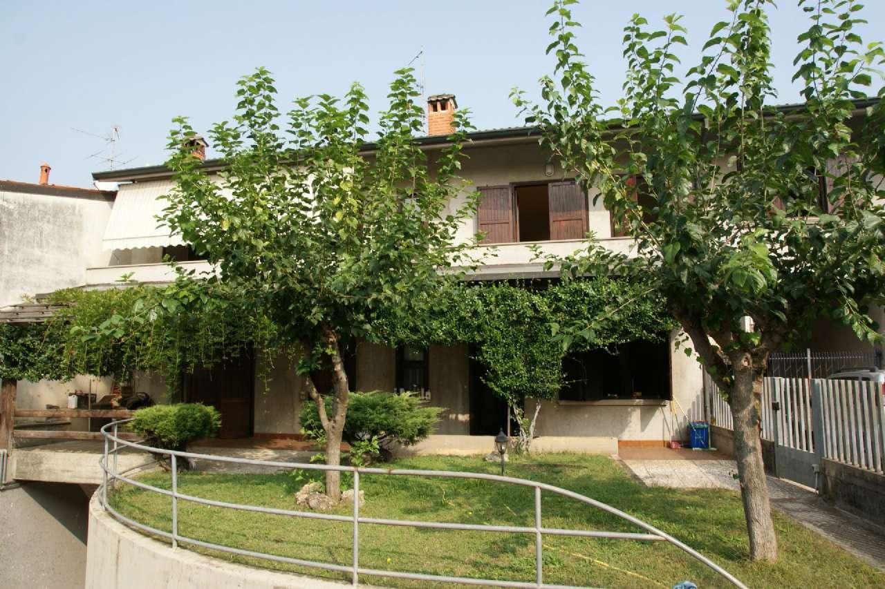 Villa Bifamiliare in vendita a Mornico al Serio, 7 locali, prezzo € 279.000 | PortaleAgenzieImmobiliari.it