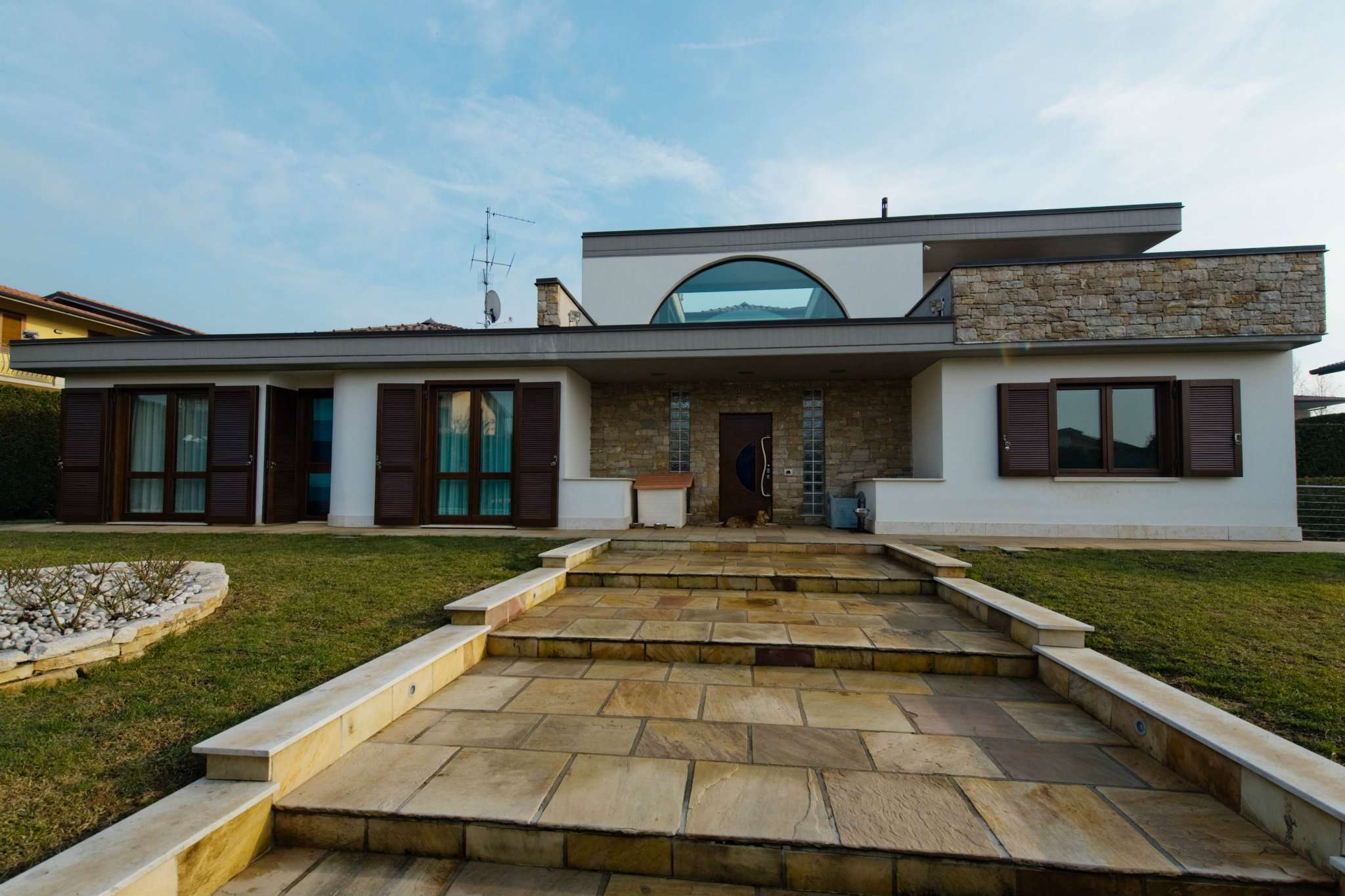 Villa in vendita a Torre de' Roveri, 6 locali, prezzo € 990.000 | PortaleAgenzieImmobiliari.it