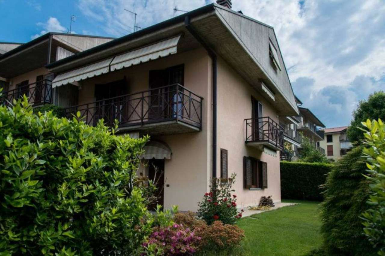 Villa in vendita a Villa d'Almè, 6 locali, prezzo € 480.000   CambioCasa.it