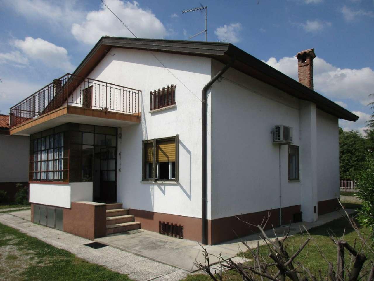 Casa Indipendente in ottime condizioni parzialmente arredato in vendita Rif. 6665055