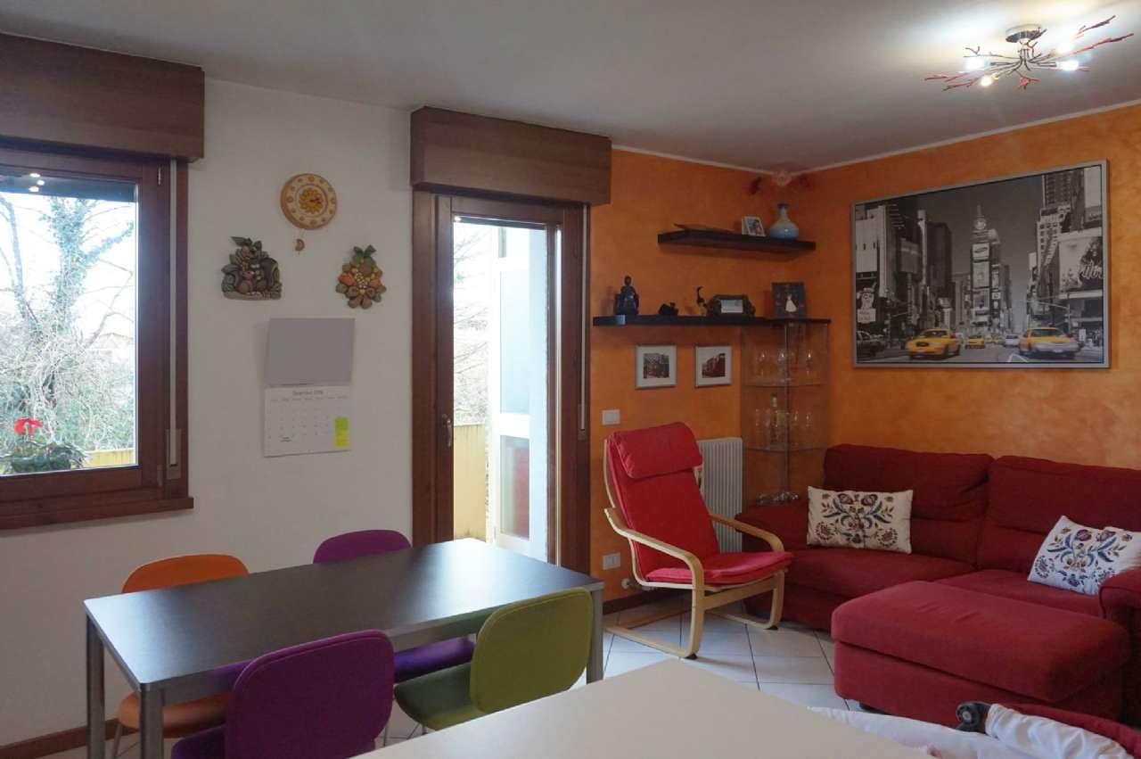 Appartamento bicamere in vendita a Tavagnacco, Feletto Umberto
