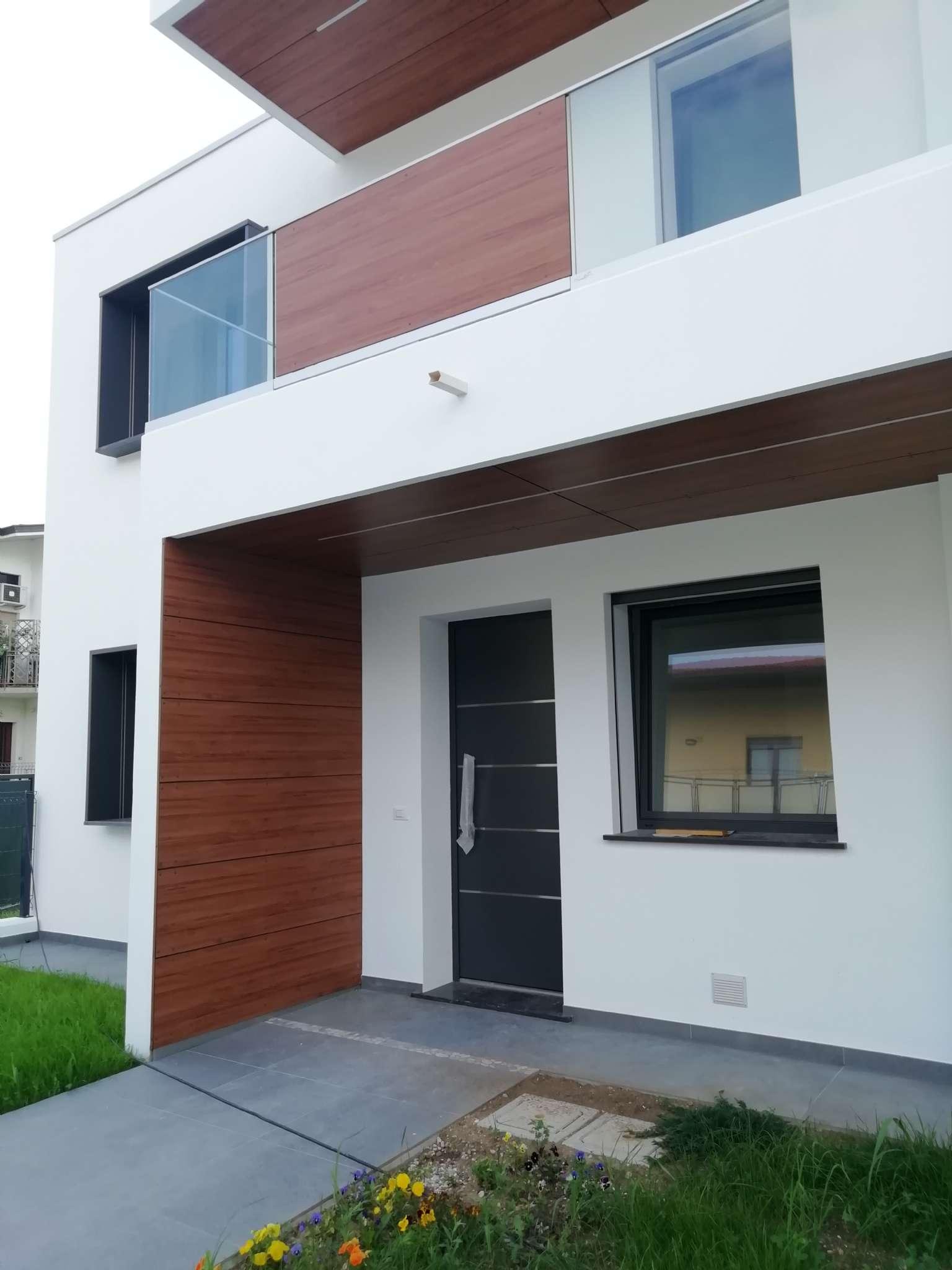 Appartamento in vendita a Udine, 6 locali, prezzo € 295.000 | CambioCasa.it