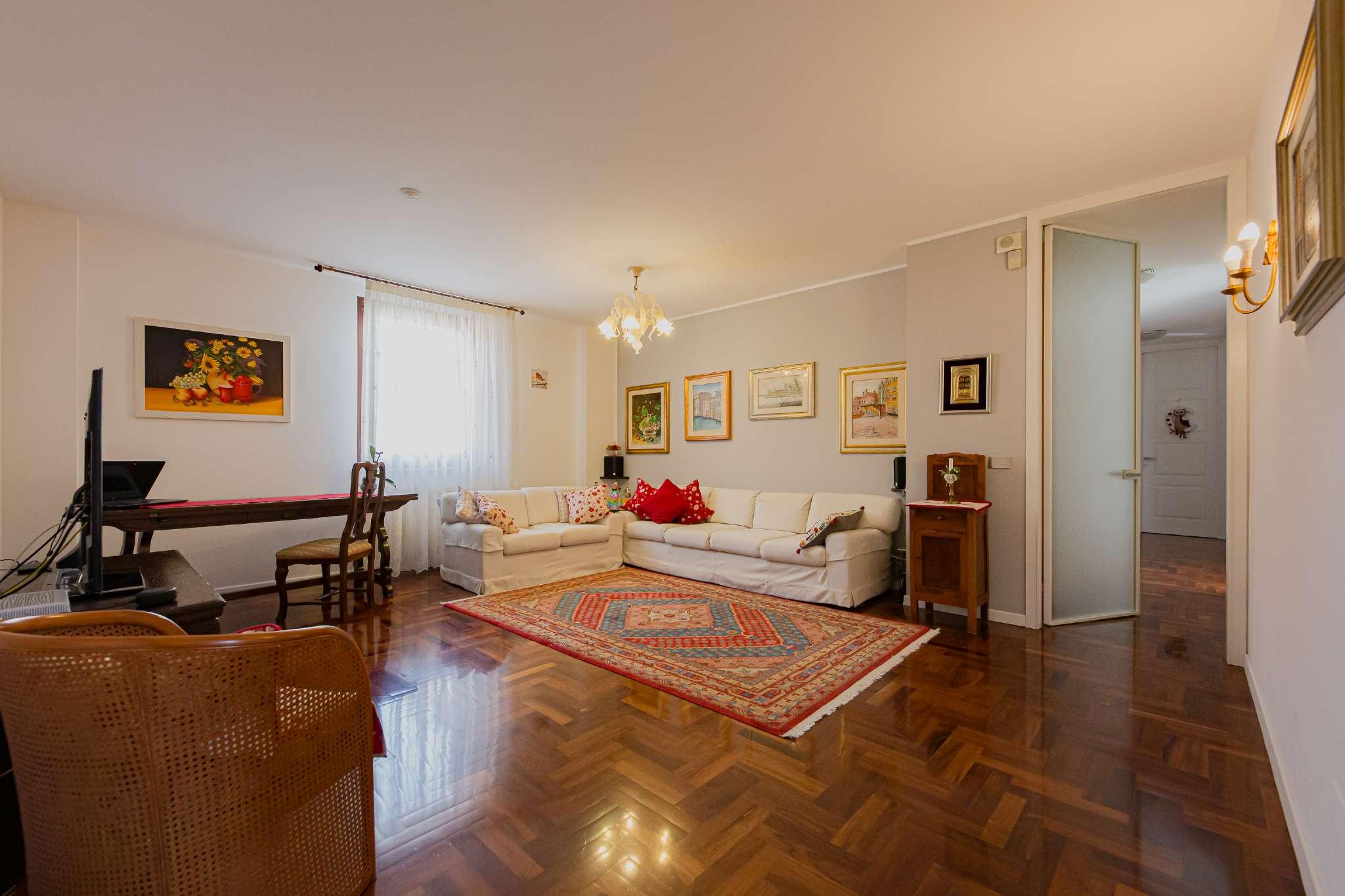Appartamento in vendita a Udine, 5 locali, prezzo € 249.000 | PortaleAgenzieImmobiliari.it