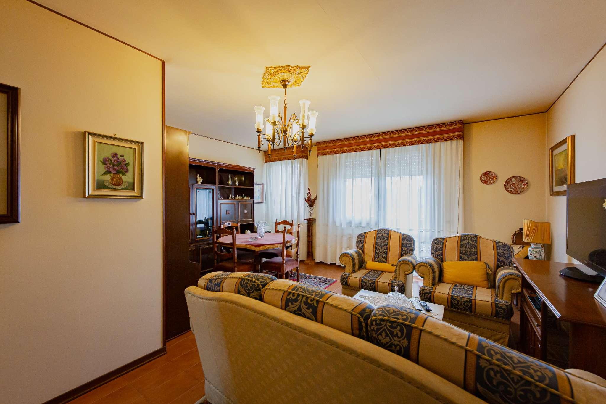 Appartamento in vendita a Udine, 5 locali, prezzo € 143.000 | PortaleAgenzieImmobiliari.it