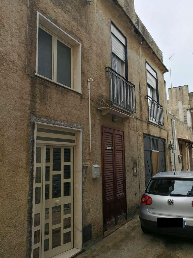Soluzione Indipendente in vendita a Castelvetrano, 5 locali, prezzo € 49.000   CambioCasa.it