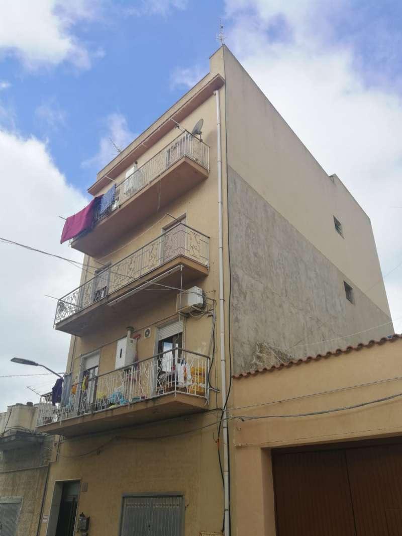 Appartamento in vendita a Castelvetrano, 7 locali, prezzo € 55.000 | PortaleAgenzieImmobiliari.it