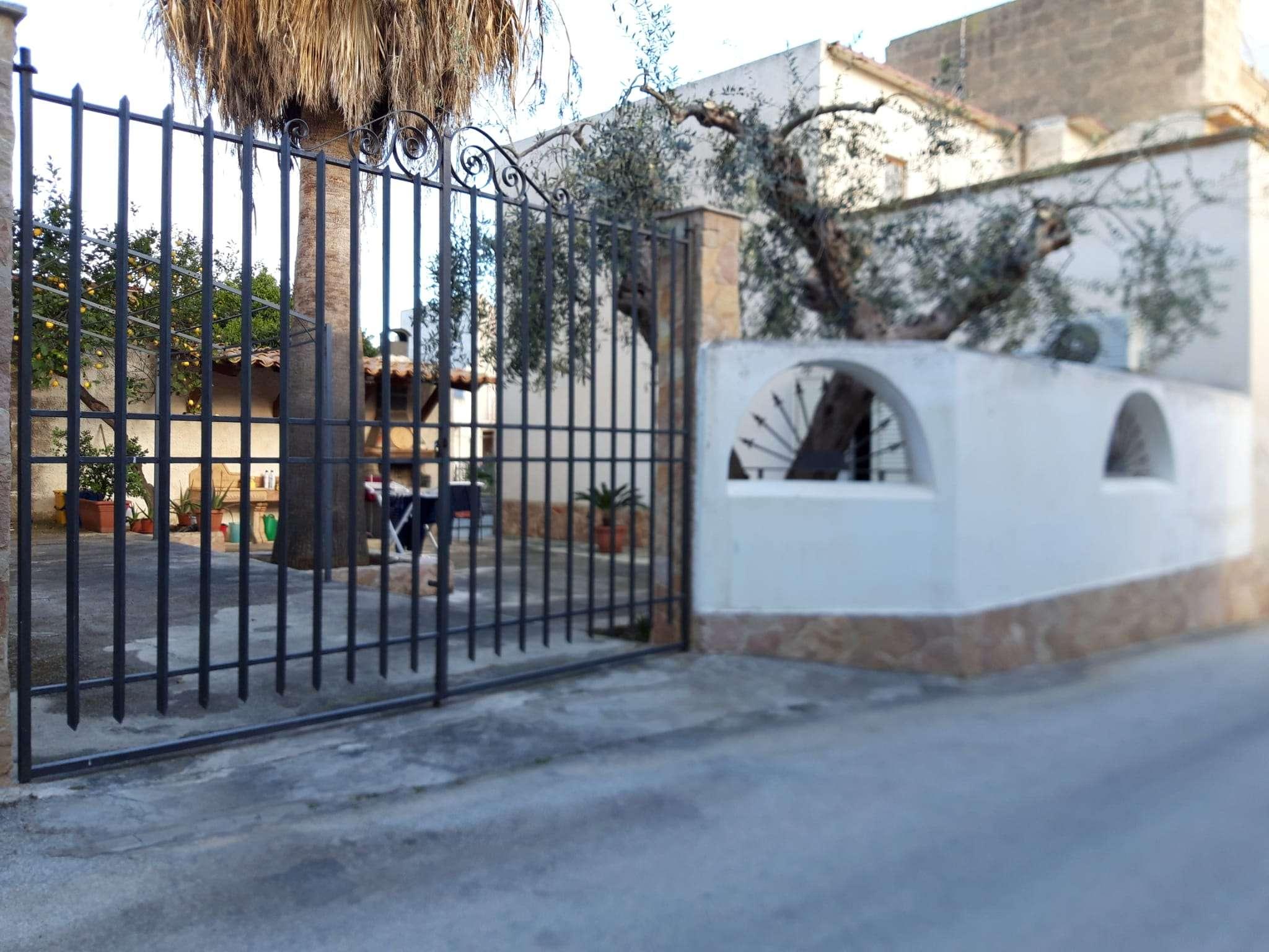 Villa in vendita a Castelvetrano, 9999 locali, prezzo € 105.000   CambioCasa.it