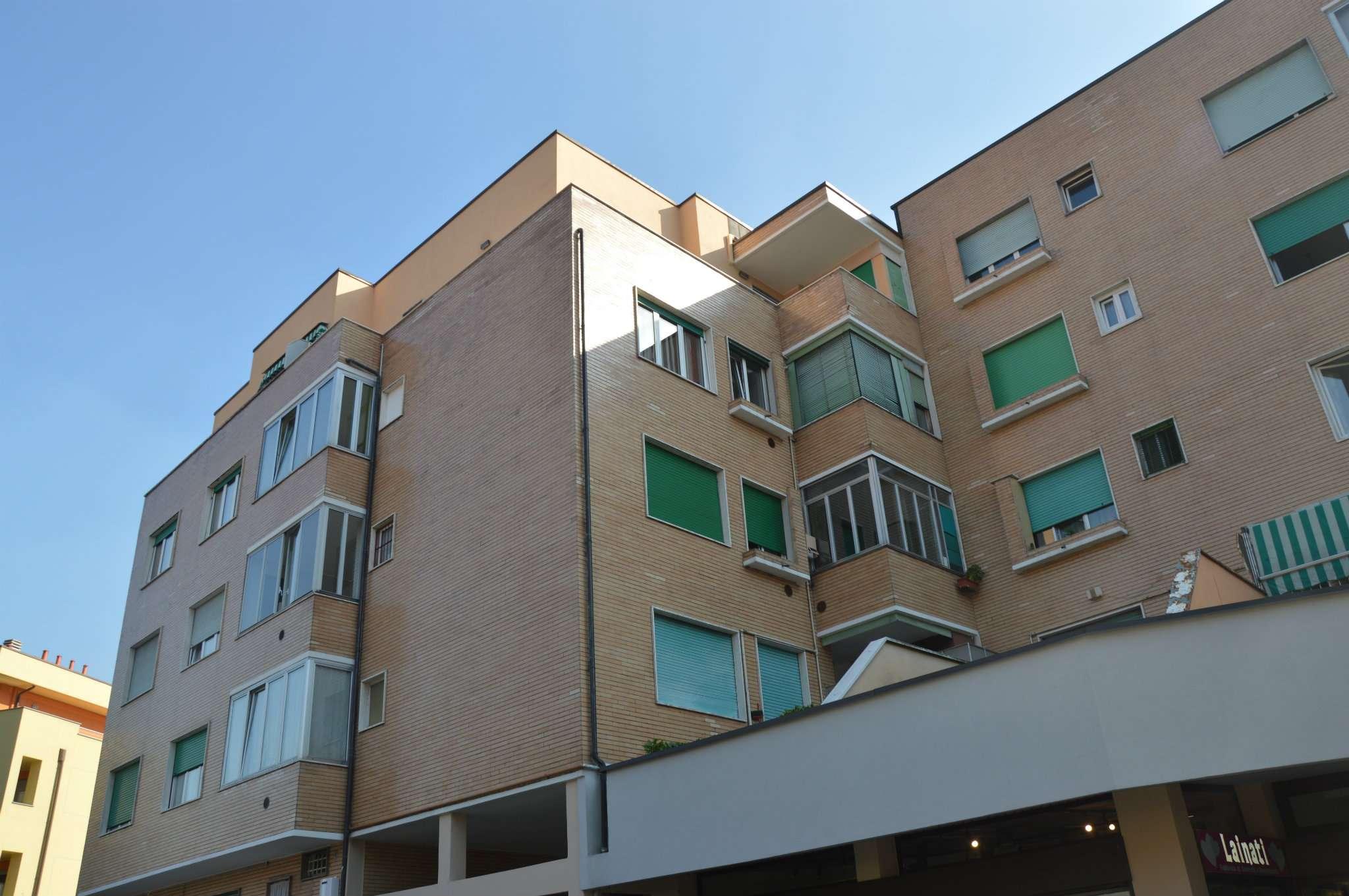 Appartamento in vendita a Cormano, 4 locali, prezzo € 280.000 | PortaleAgenzieImmobiliari.it