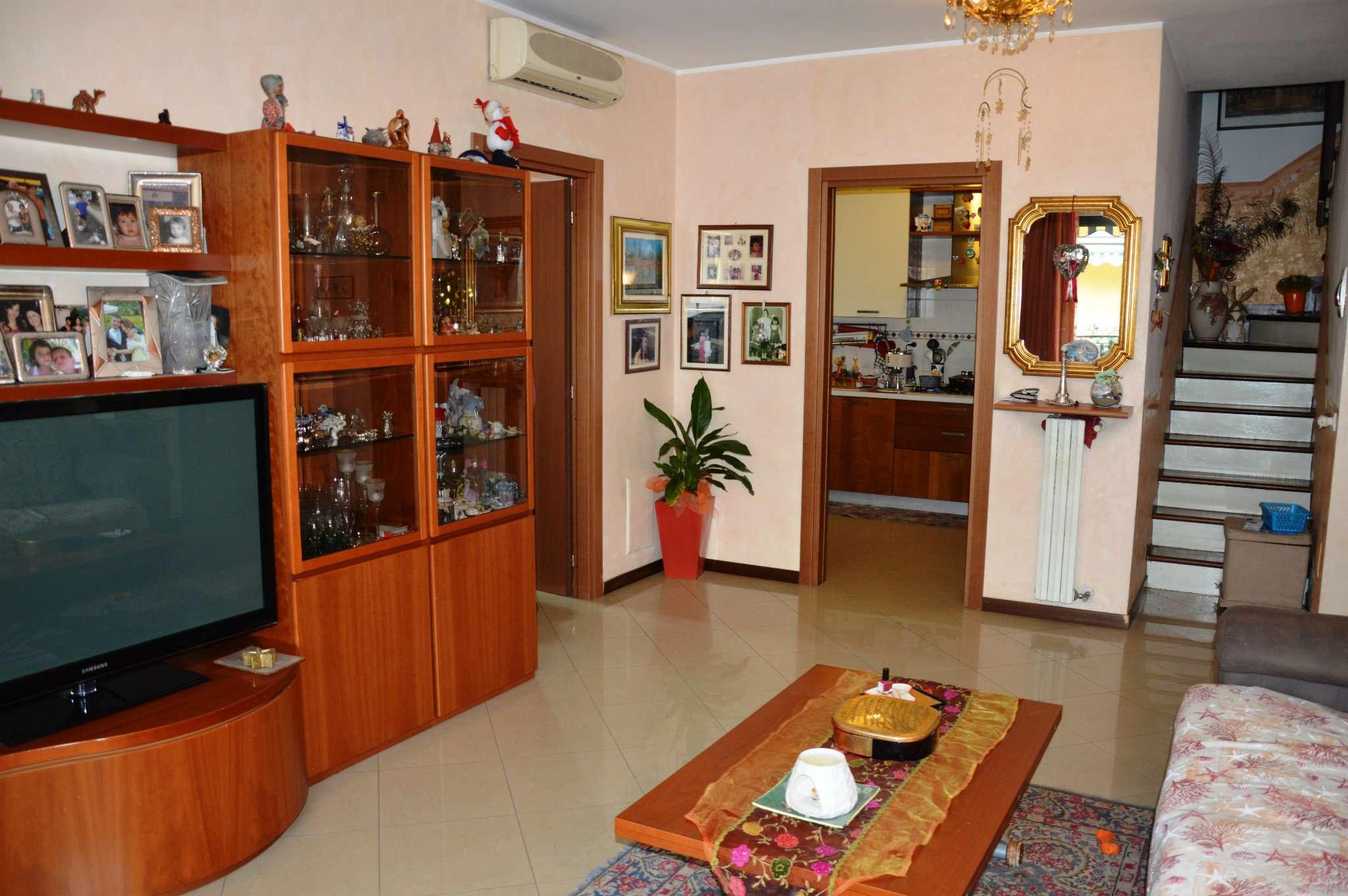 Appartamento in vendita a Cormano, 4 locali, prezzo € 345.000 | PortaleAgenzieImmobiliari.it
