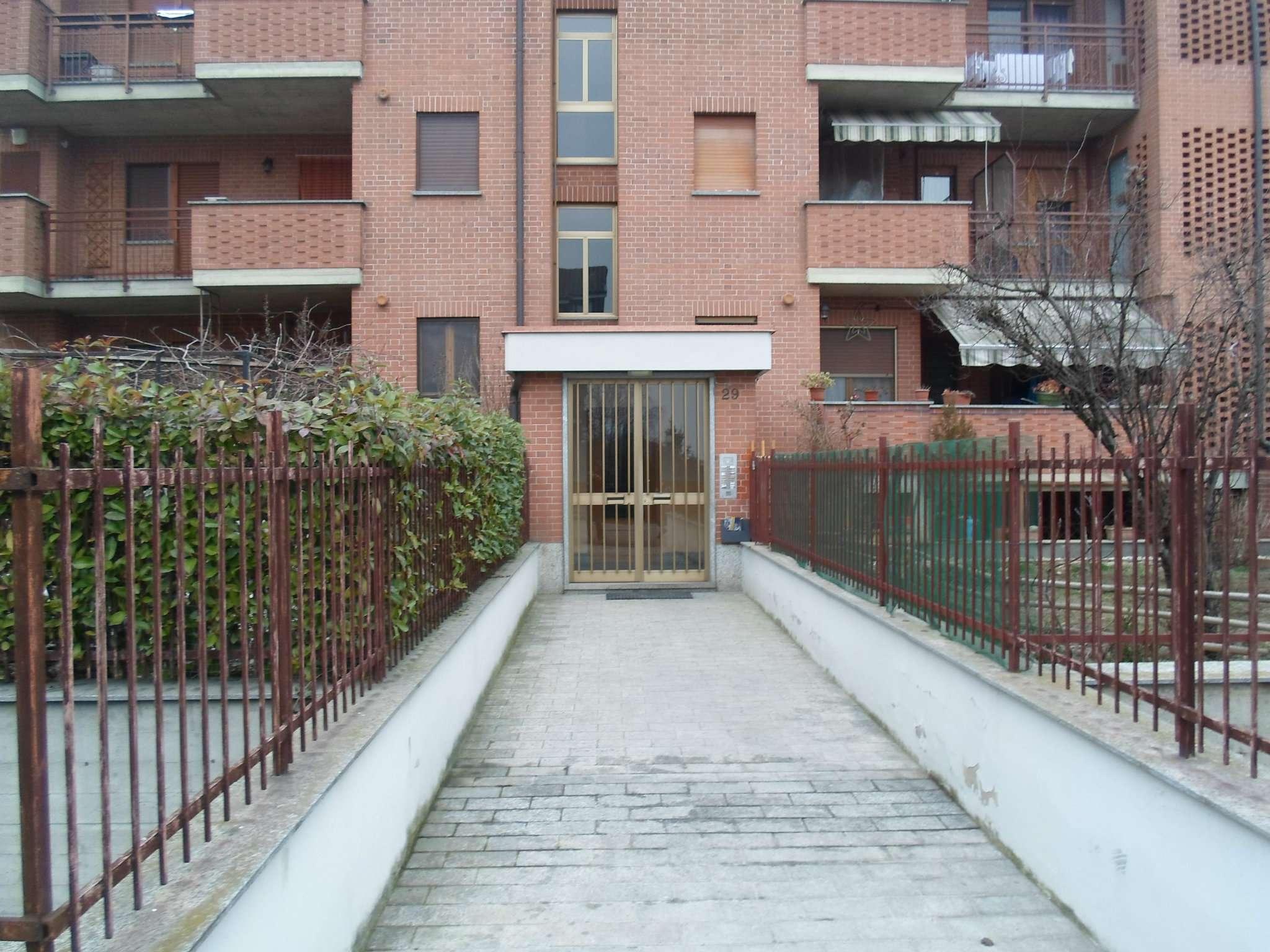 Appartamento in vendita a Vinovo, 6 locali, prezzo € 178.000 | CambioCasa.it