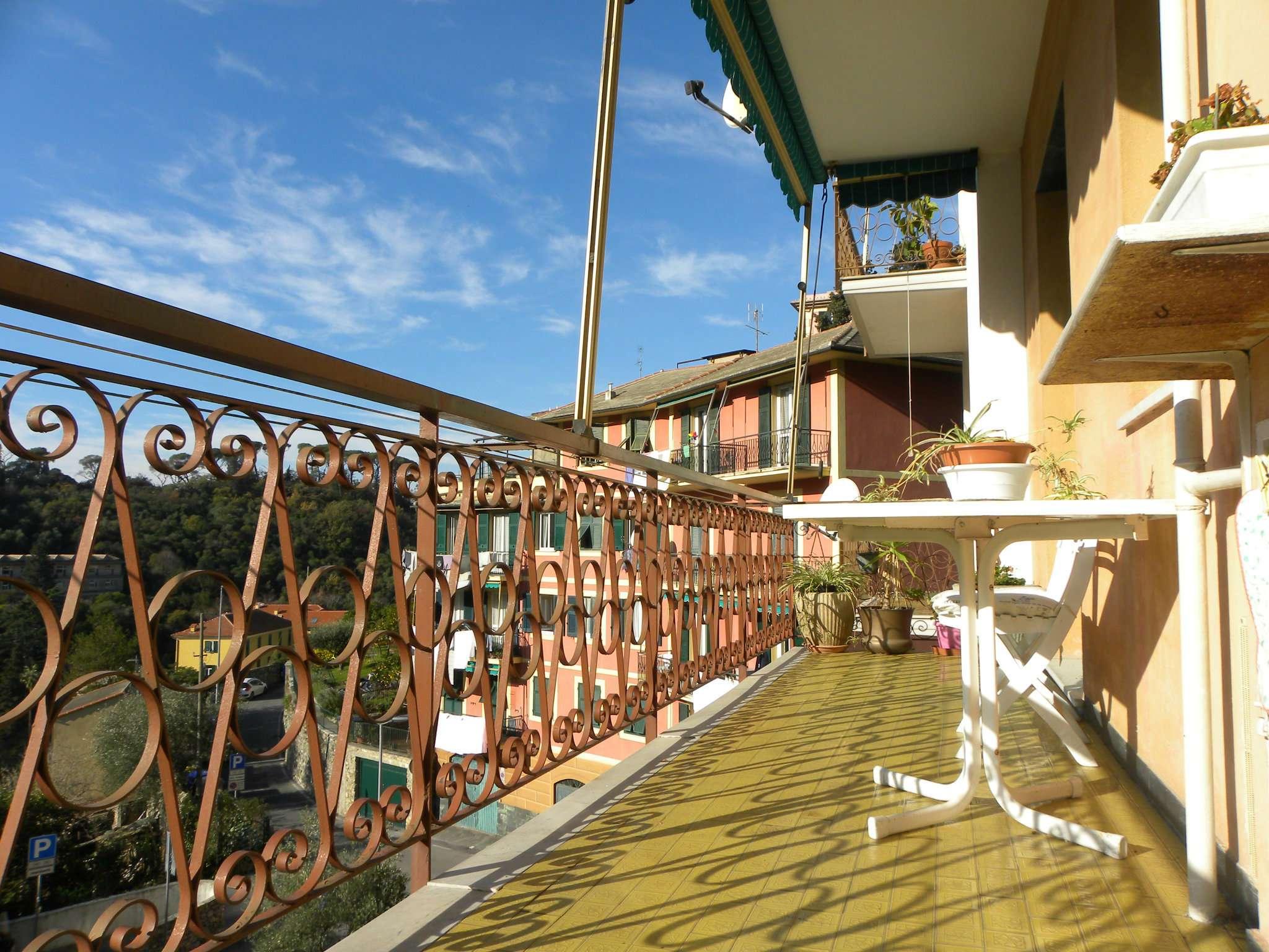 Appartamento in buone condizioni in vendita Rif. 9025795
