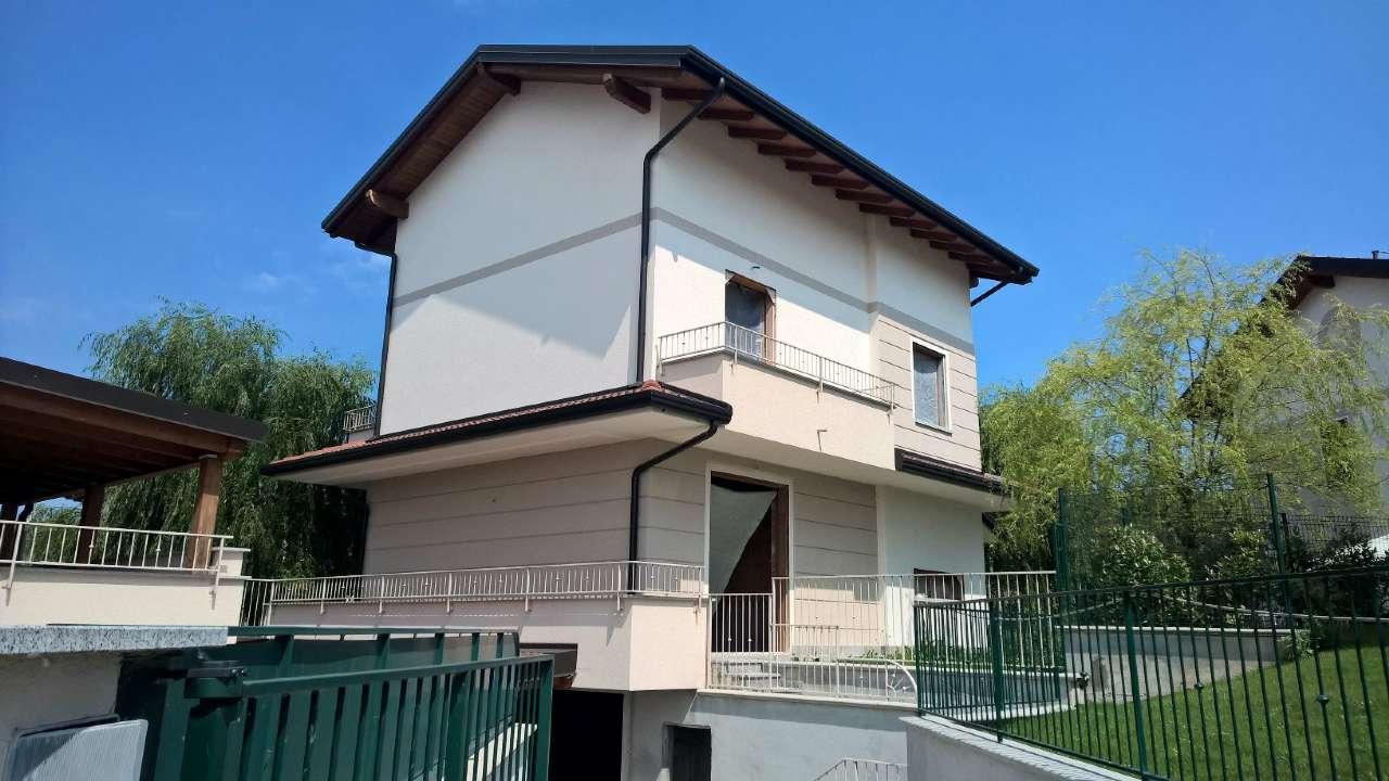 Villa in vendita a Boffalora Sopra Ticino, 6 locali, prezzo € 380.000 | PortaleAgenzieImmobiliari.it